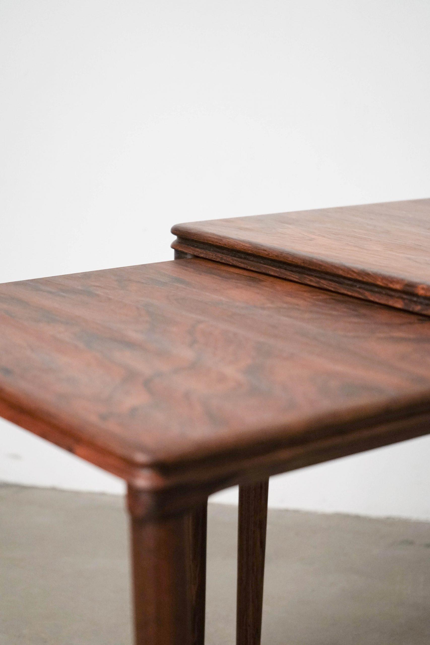 mesa de salon de salita comoda auxiliar pequeña baja de madera