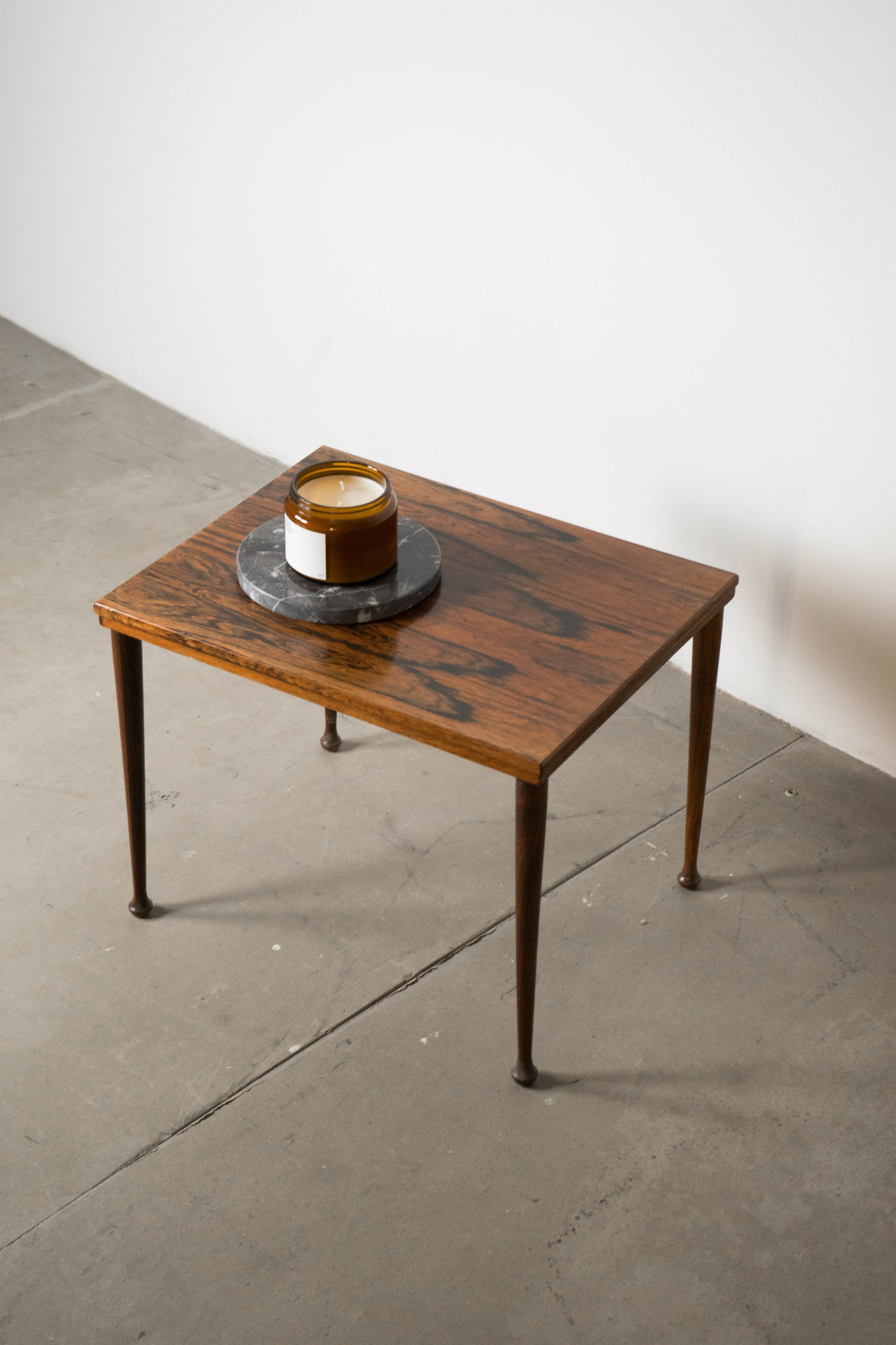 mesa de madera maciza vintage auxiliar