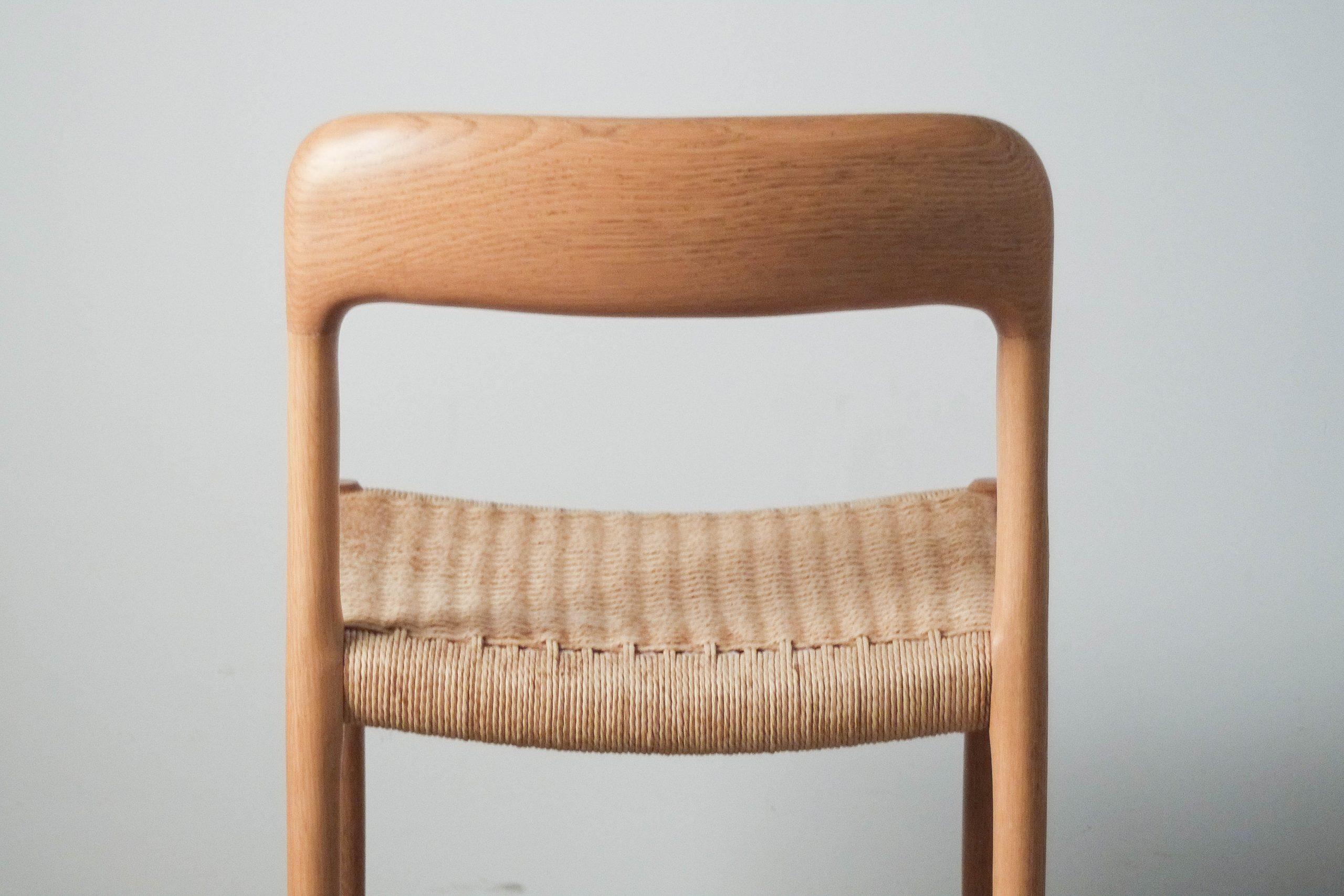 silla de roble de madera maciza de diseño fabricada a mano en dinamarca
