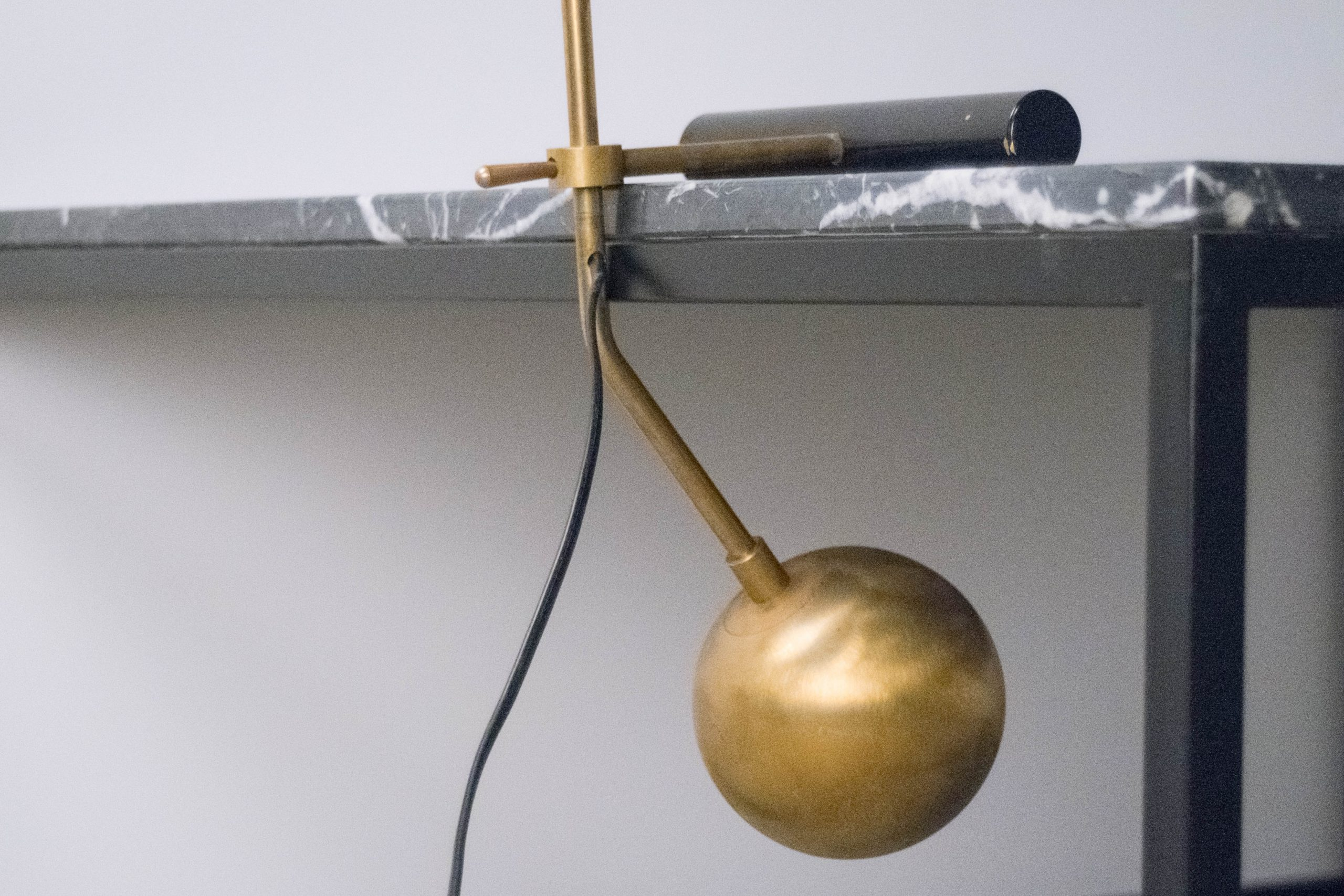 lampara de mesa escritorio diseño original fabricada a mano itala