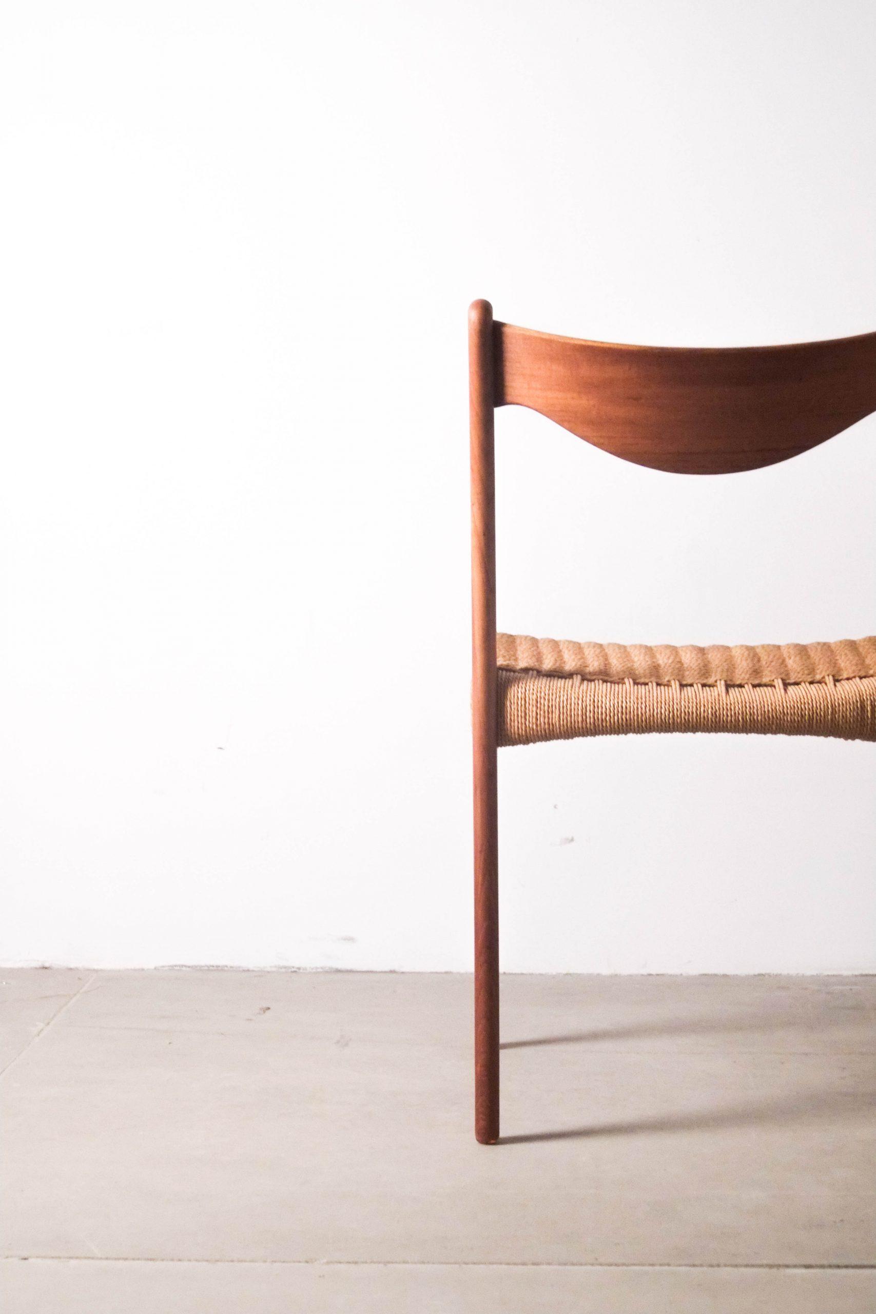 respaldo silla de teca nordica de comedor vintage diseño