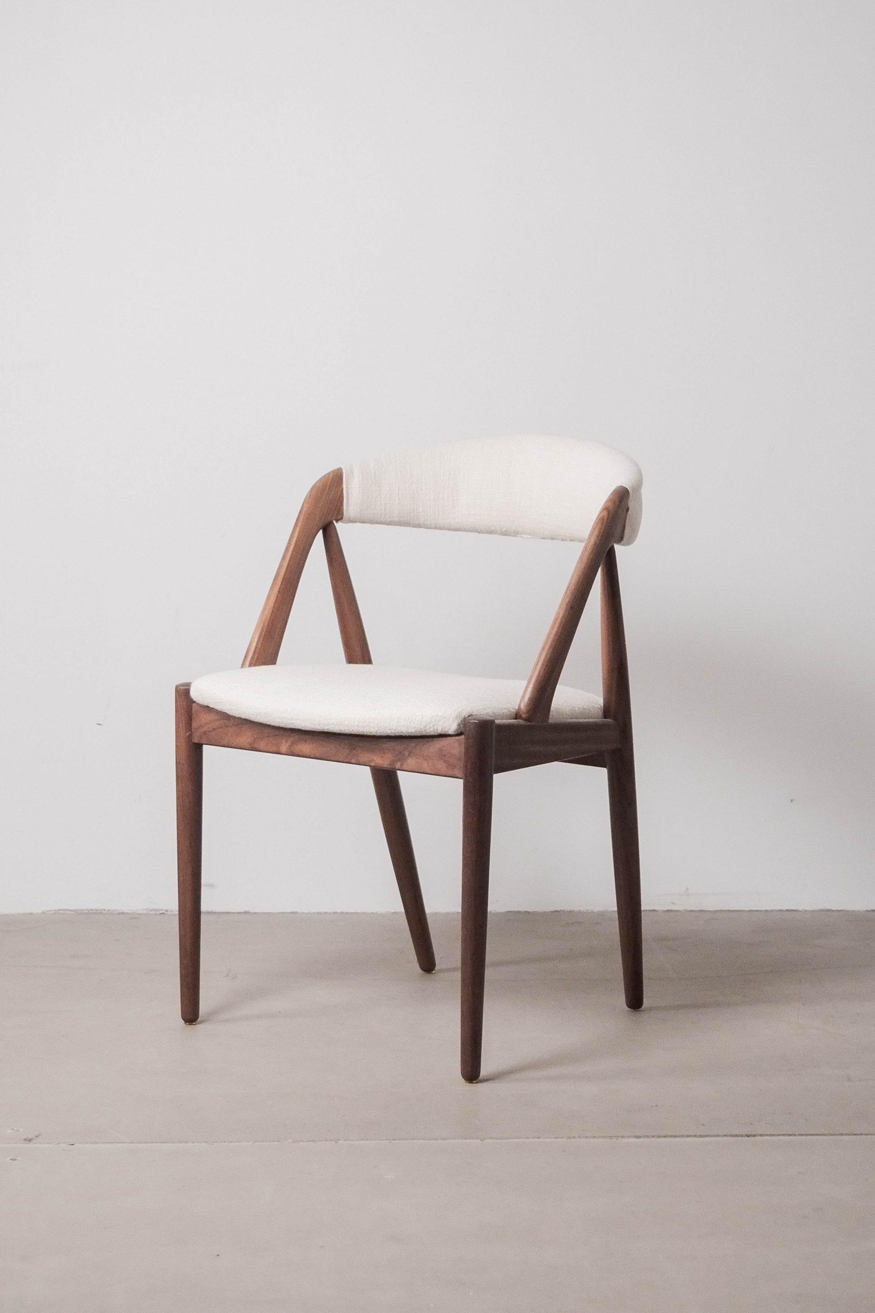 silla kai kristiansen lino tapizada color blanco silla de comedor comoda de diseño