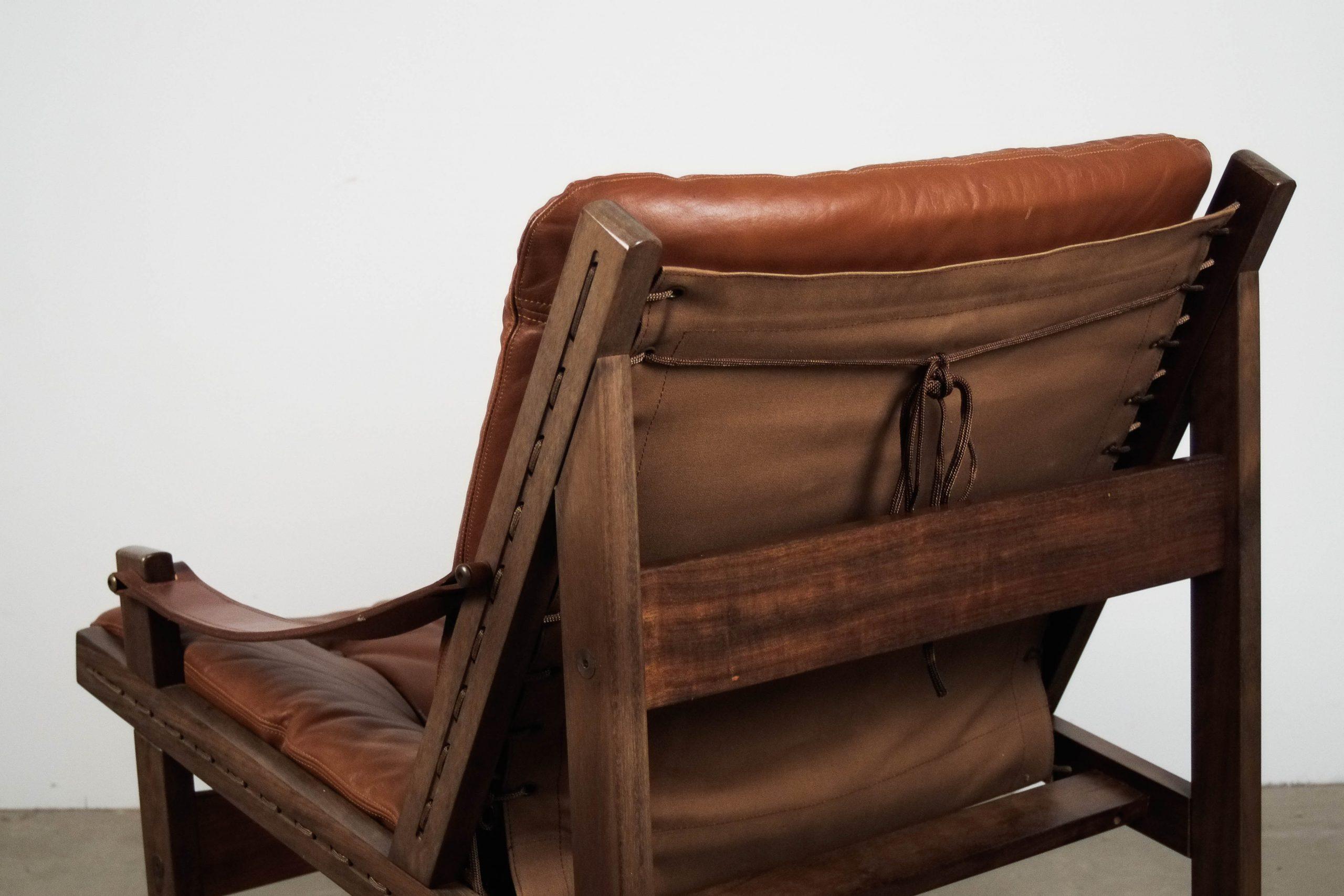 butaca marron de piel de calidad diseño madera vintage retro calidad estilo