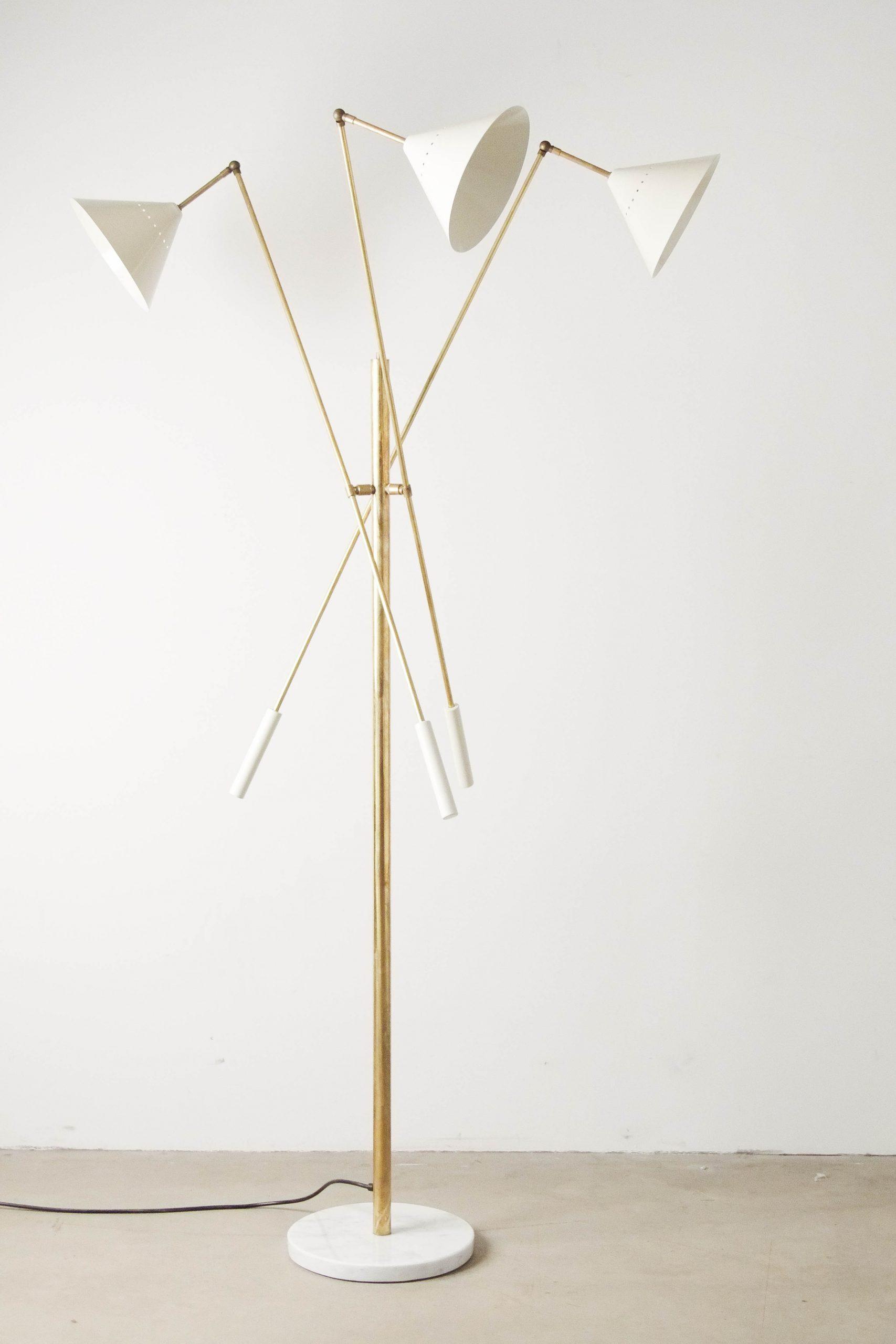 lampara de laton de diseño elegante hecha a mano en italia