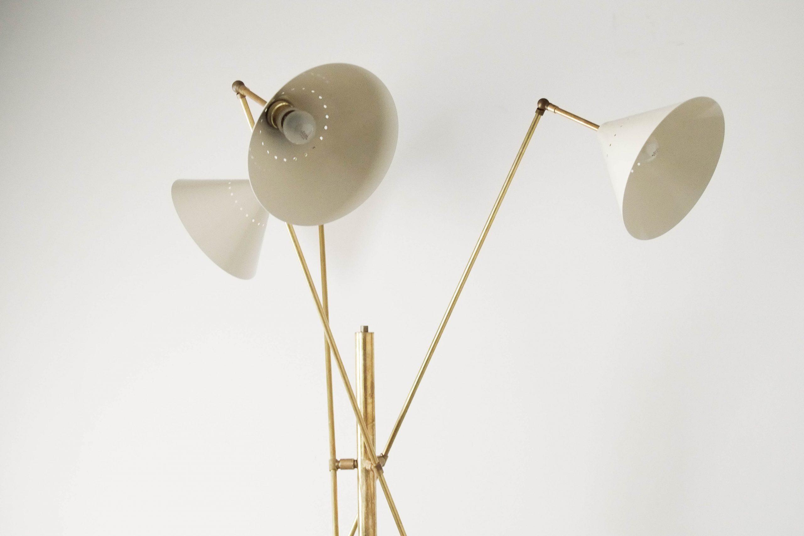 lampara de pie de diseño stilnovo de laton metal calidad italia