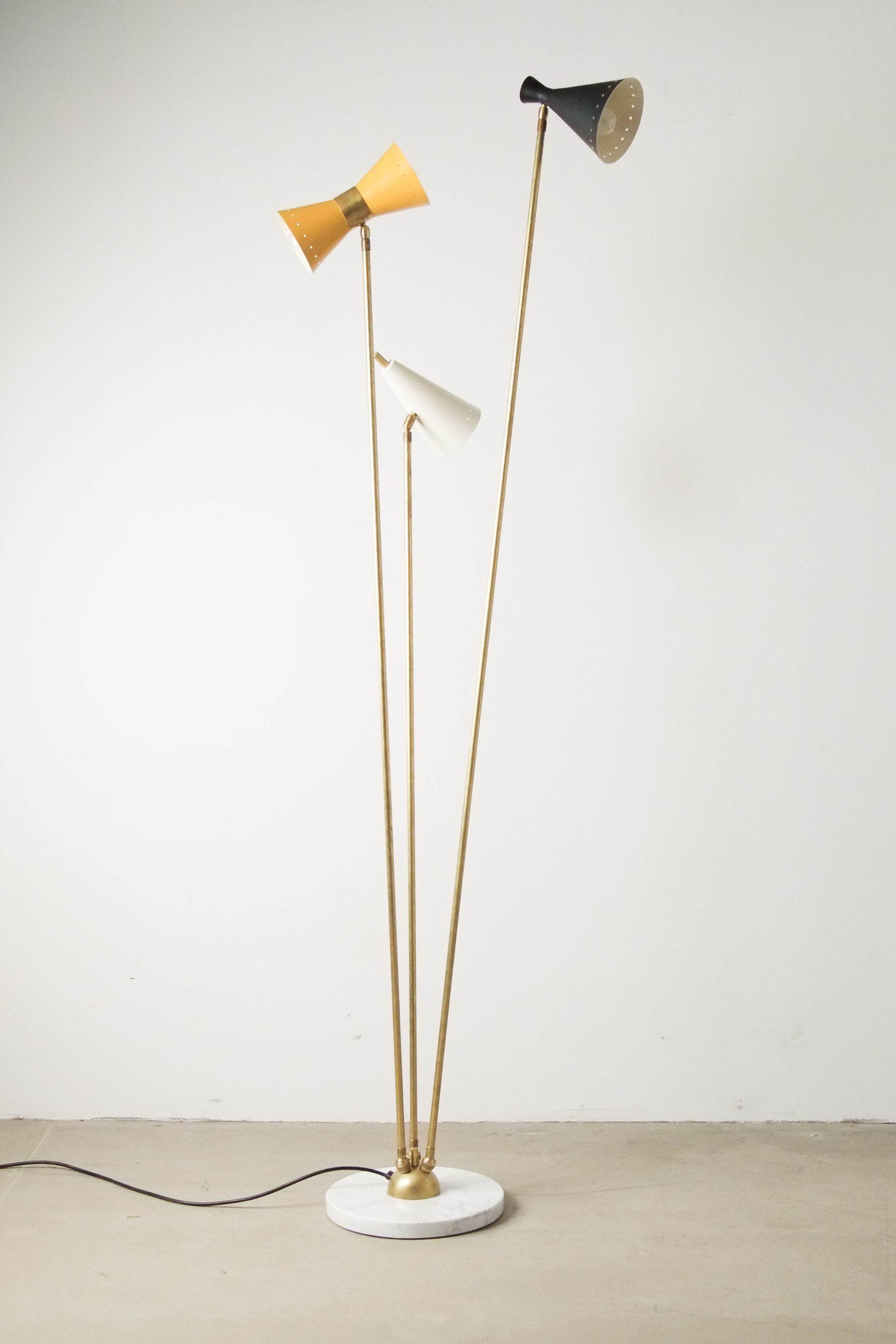 lampara de pie ajustable de diseño fabricada a mano en italia marmol