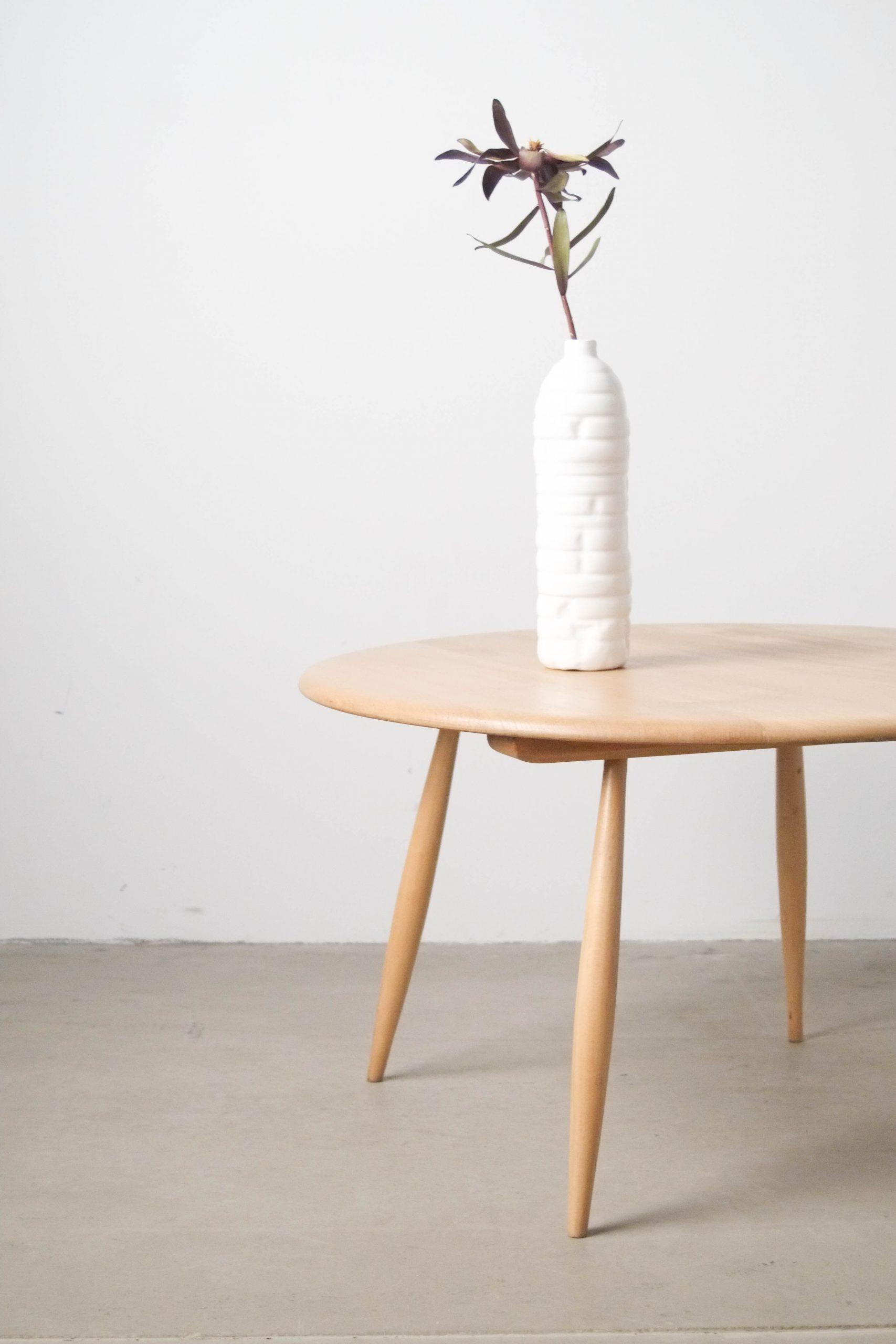 mesa auxiliar de madera maciza fabricada a mano en madera de olmo
