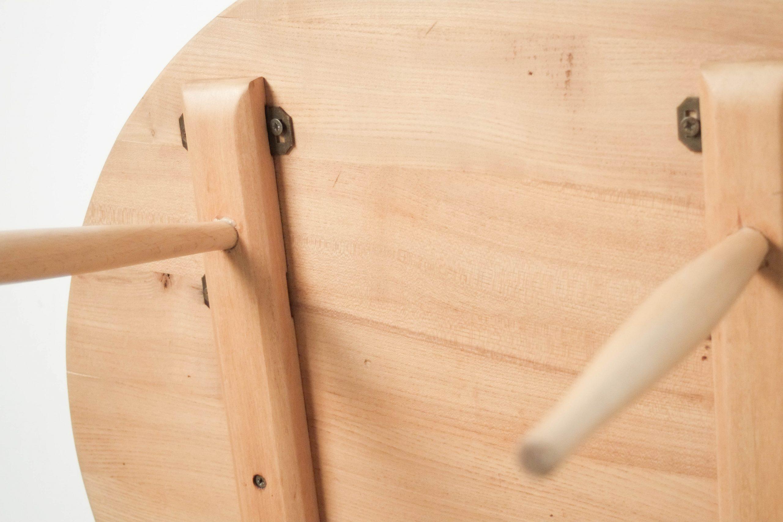 mesa de diseño de madera de olmo y haya fabricada a mano en madera de olmo