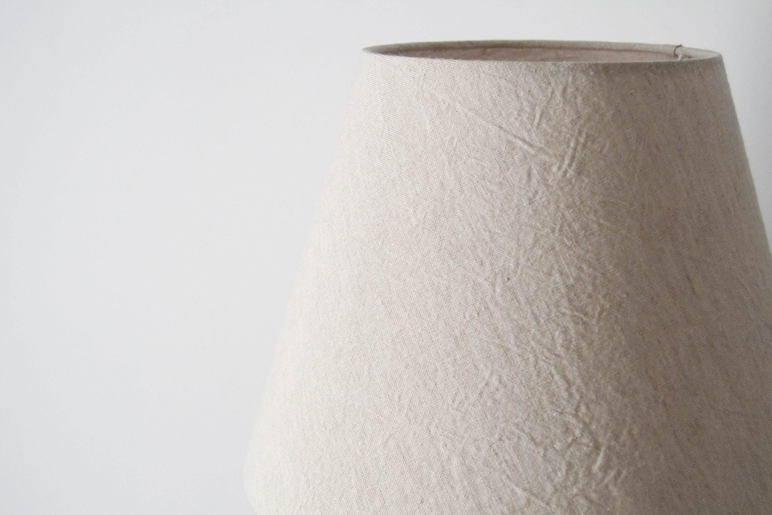 lampara de diseño fabricada en inglaterra a mano