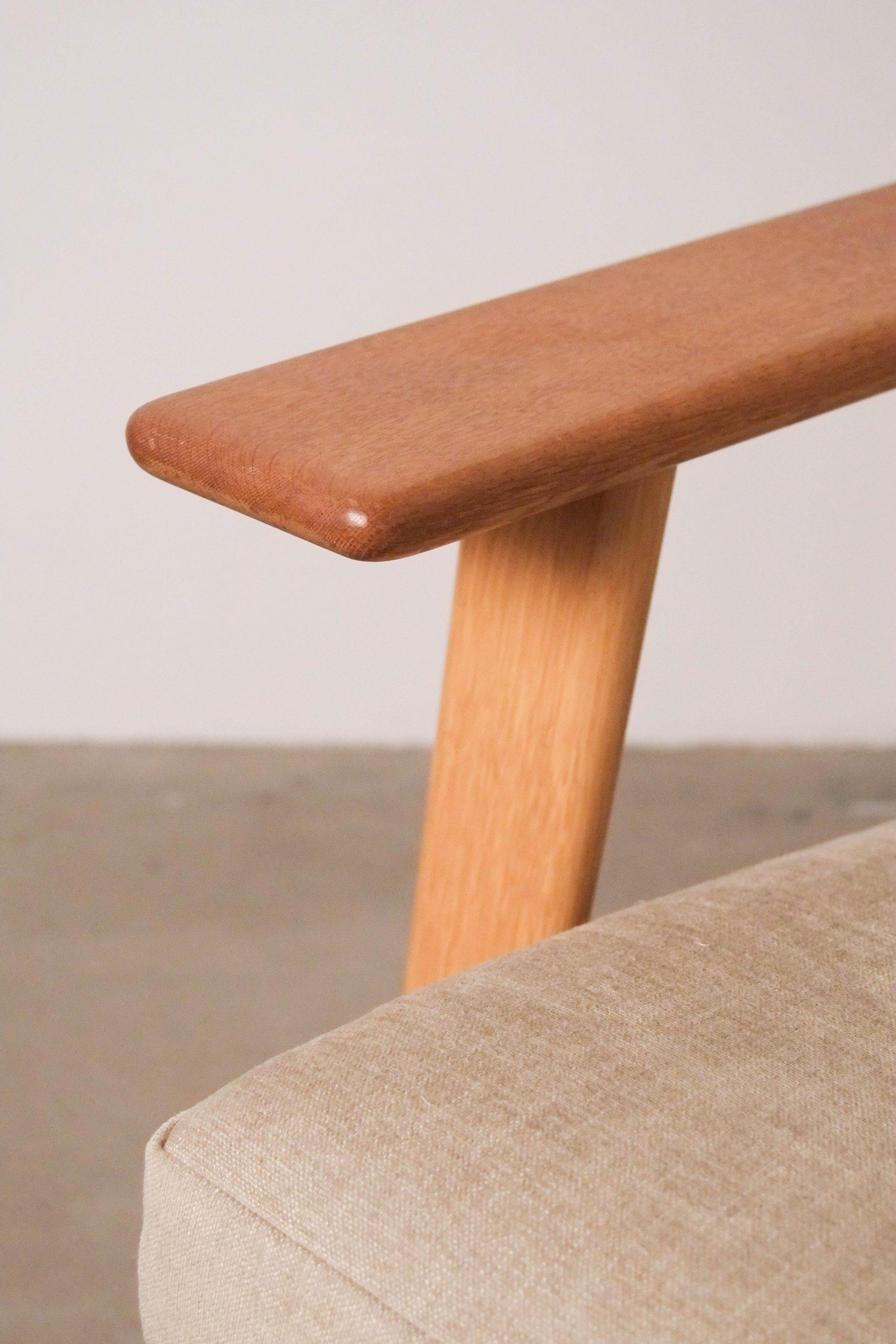 butaca de madera maciza nordica de calidad hecha a mano nordica escandinava