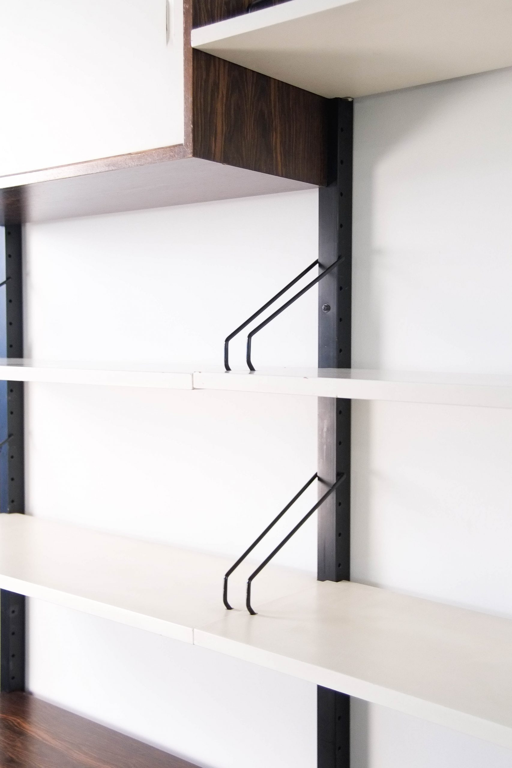 baldas salon modular nordico mid century estanteria pared