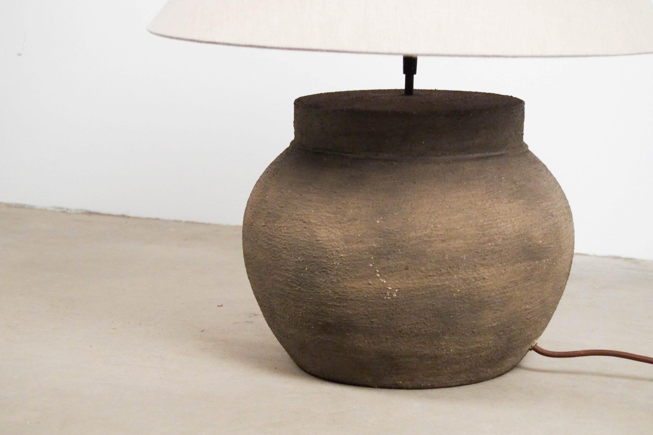 lampara de diseño de mesa redonda fabricada a mano arcilla barro
