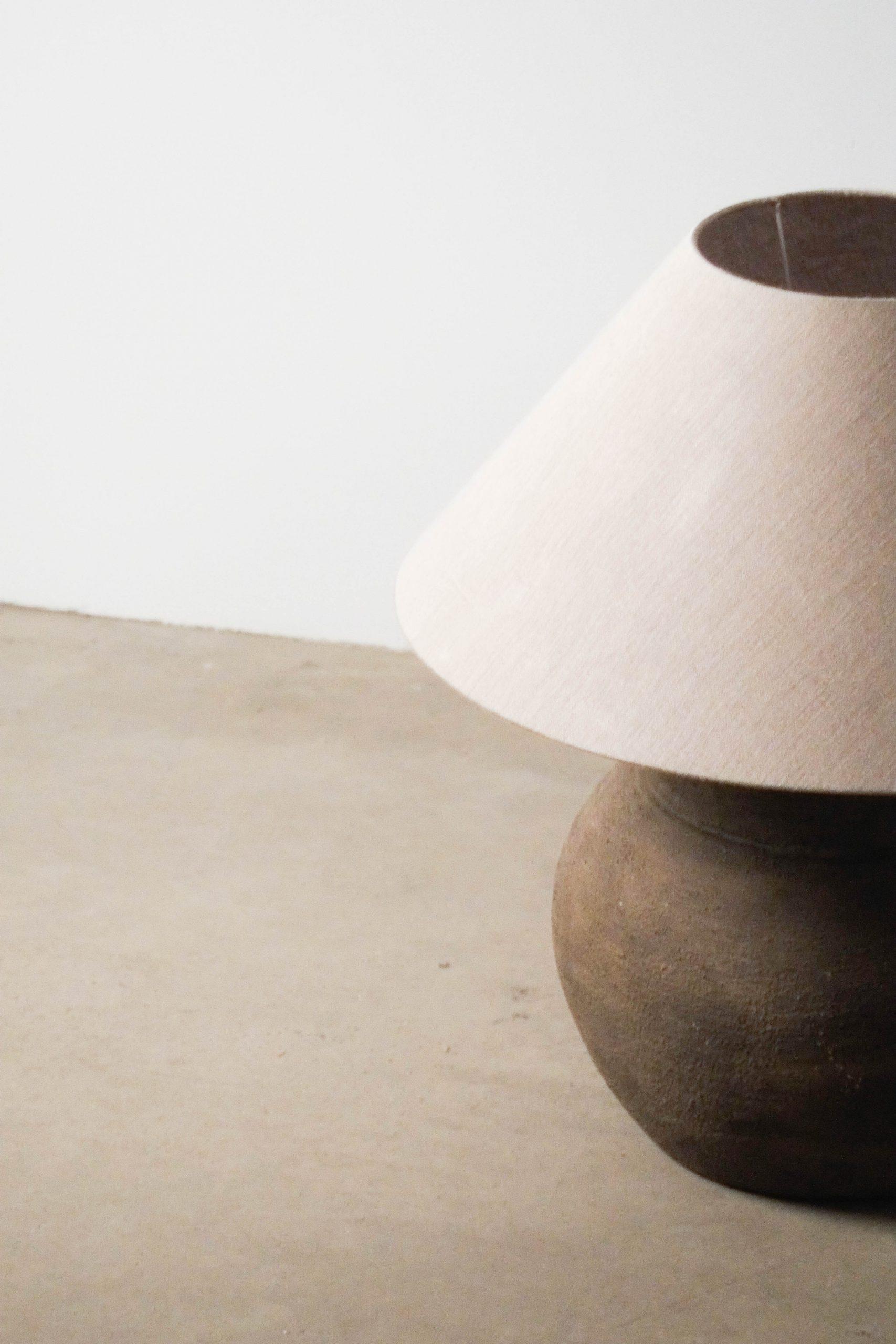 lampara ceramica de arcilla barro artesana fabricada a mano
