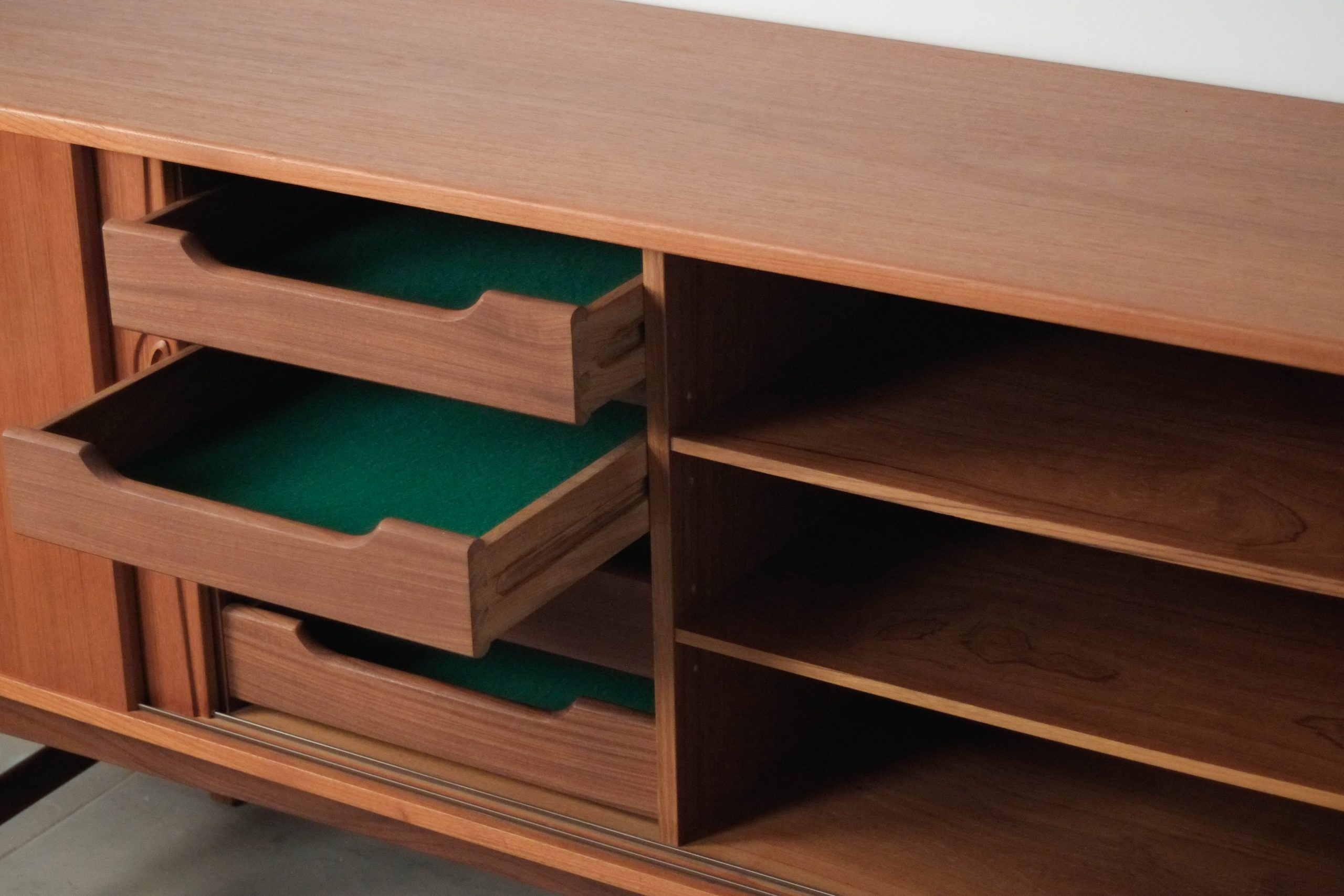 mueble de diseño madera de teca