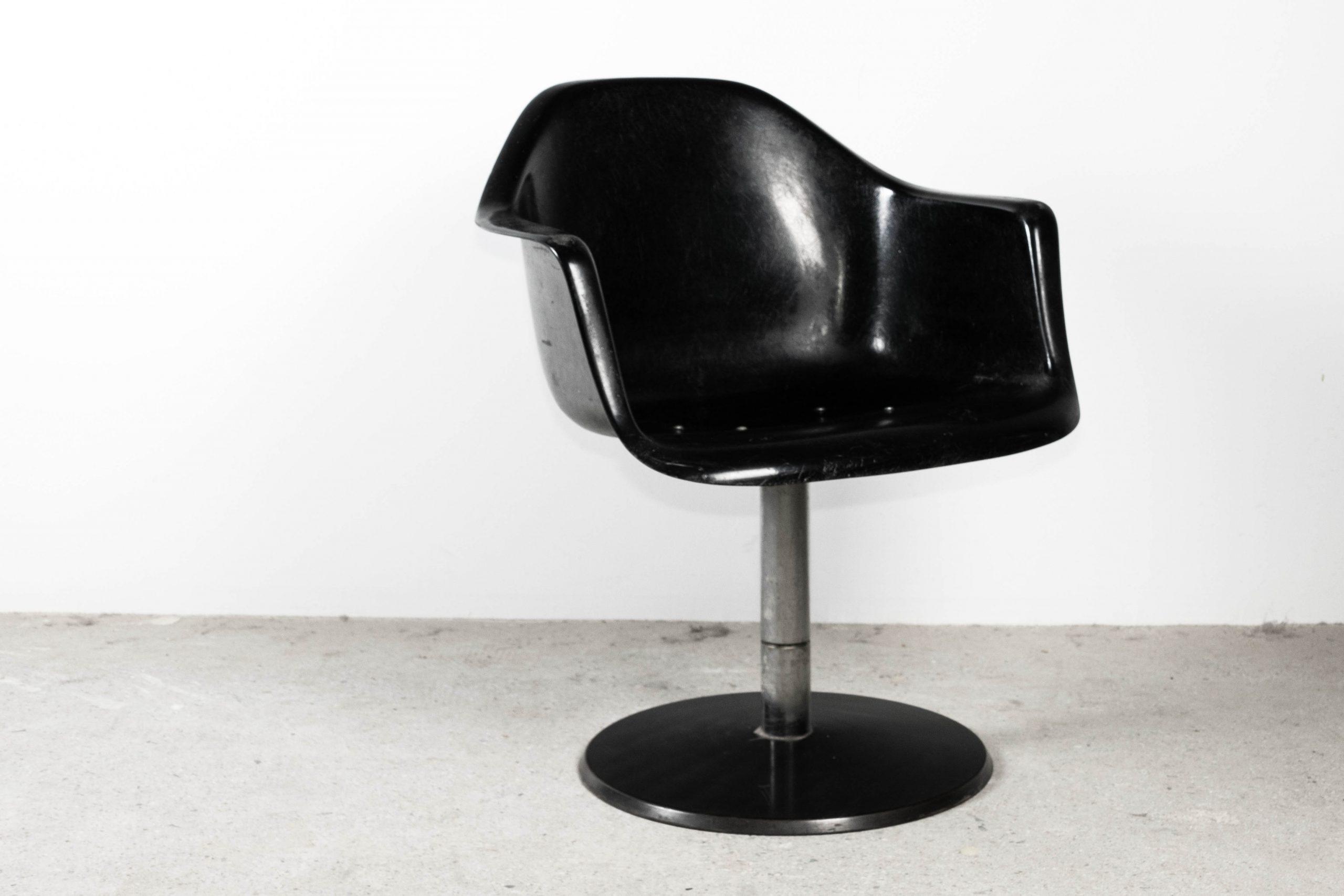 silla eames ray charles fiberglass de diseño pie de acero hierro giratorio de reunion de oficina