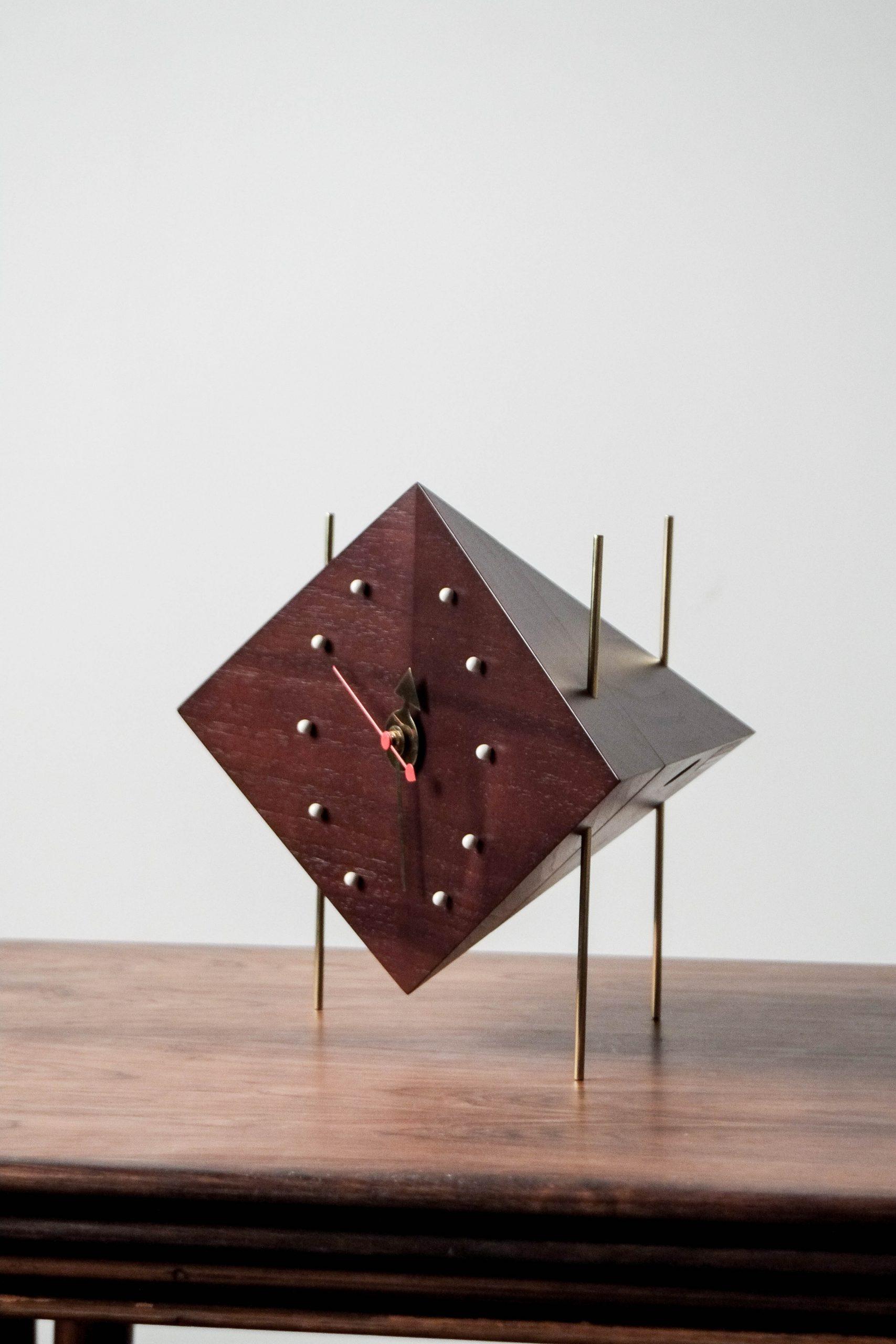 reloj de madera de mesa george nelson