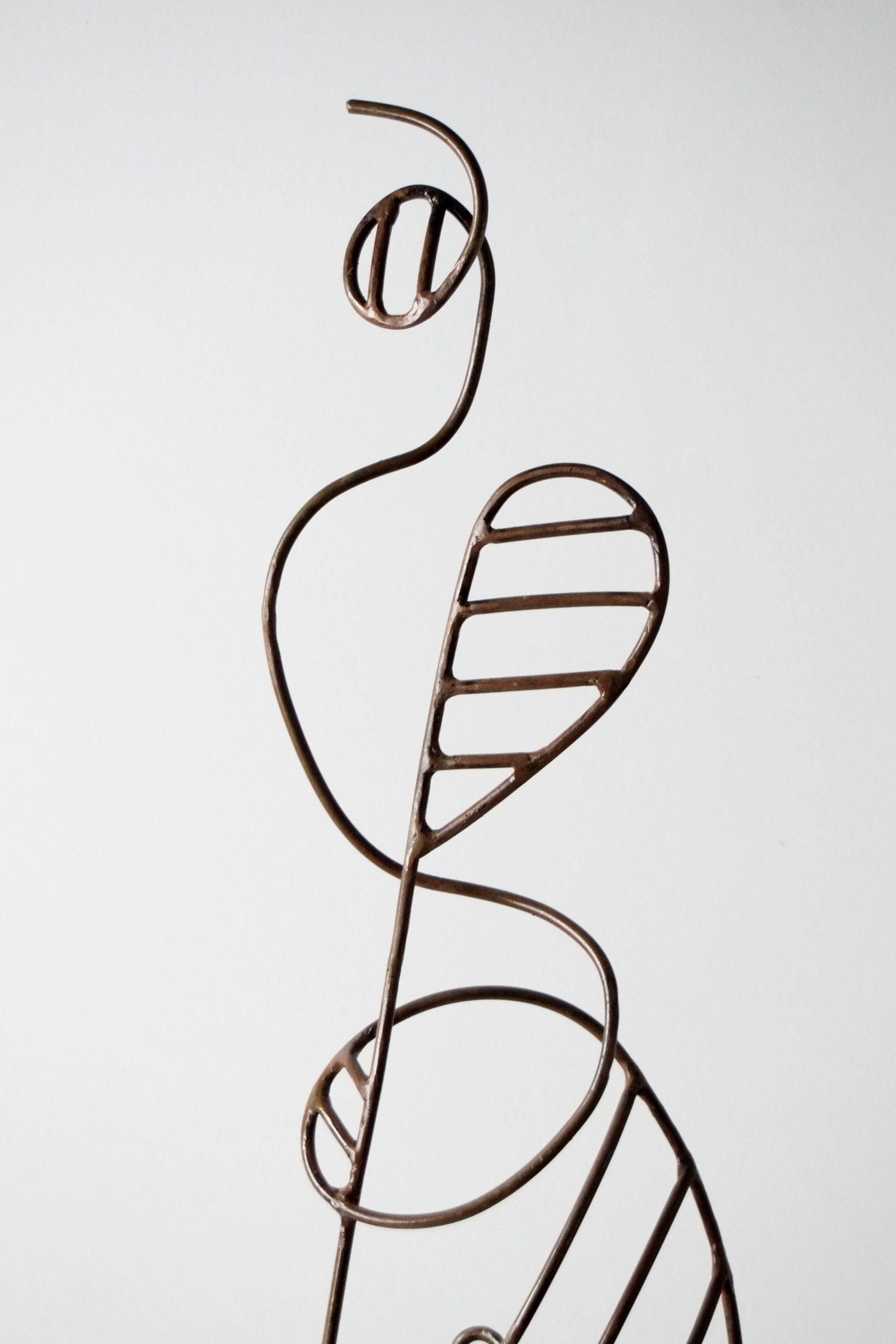escultura metal dibujo figura diseño