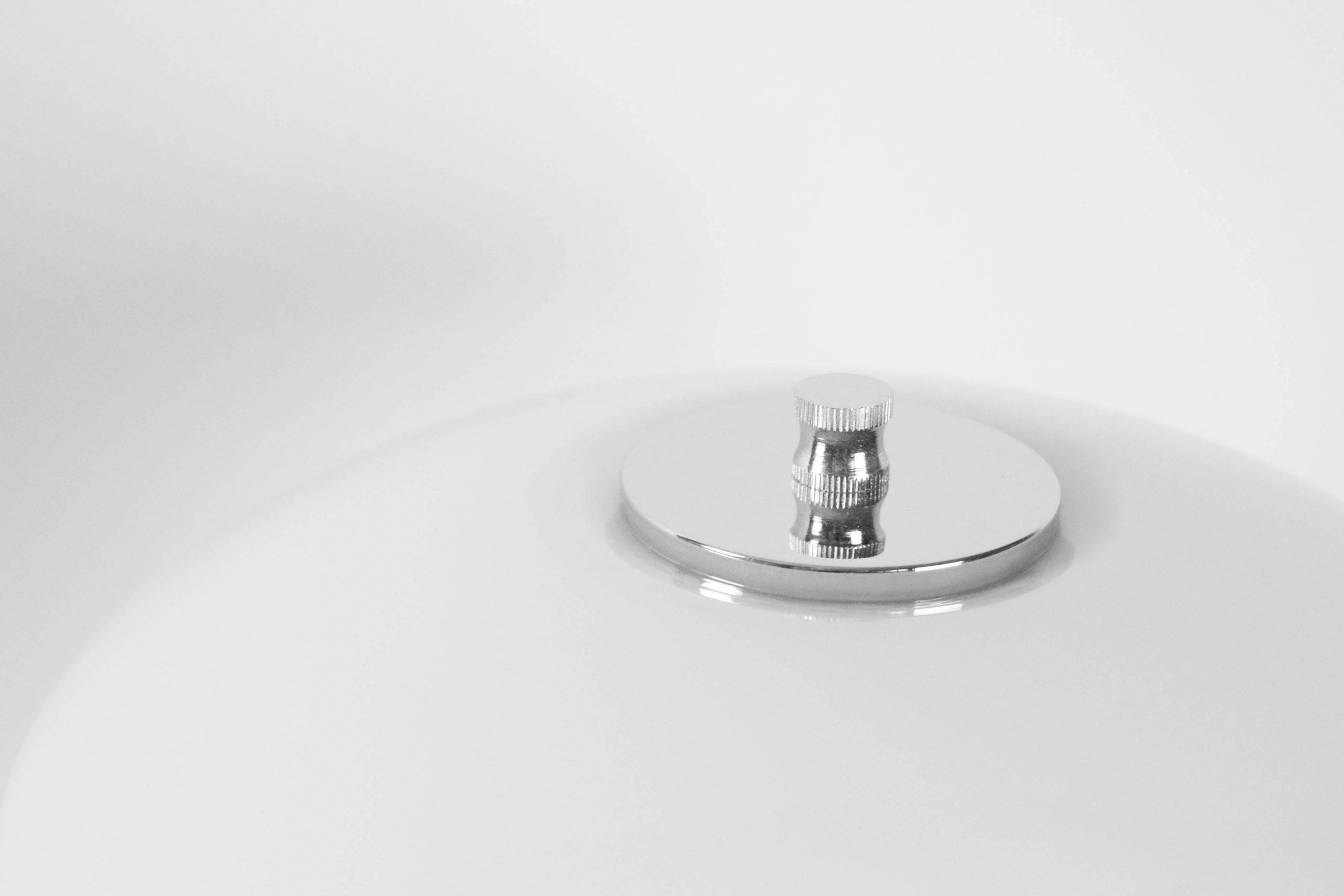 lampara de mesa de diseño poulsen de calidad cromada de diseño
