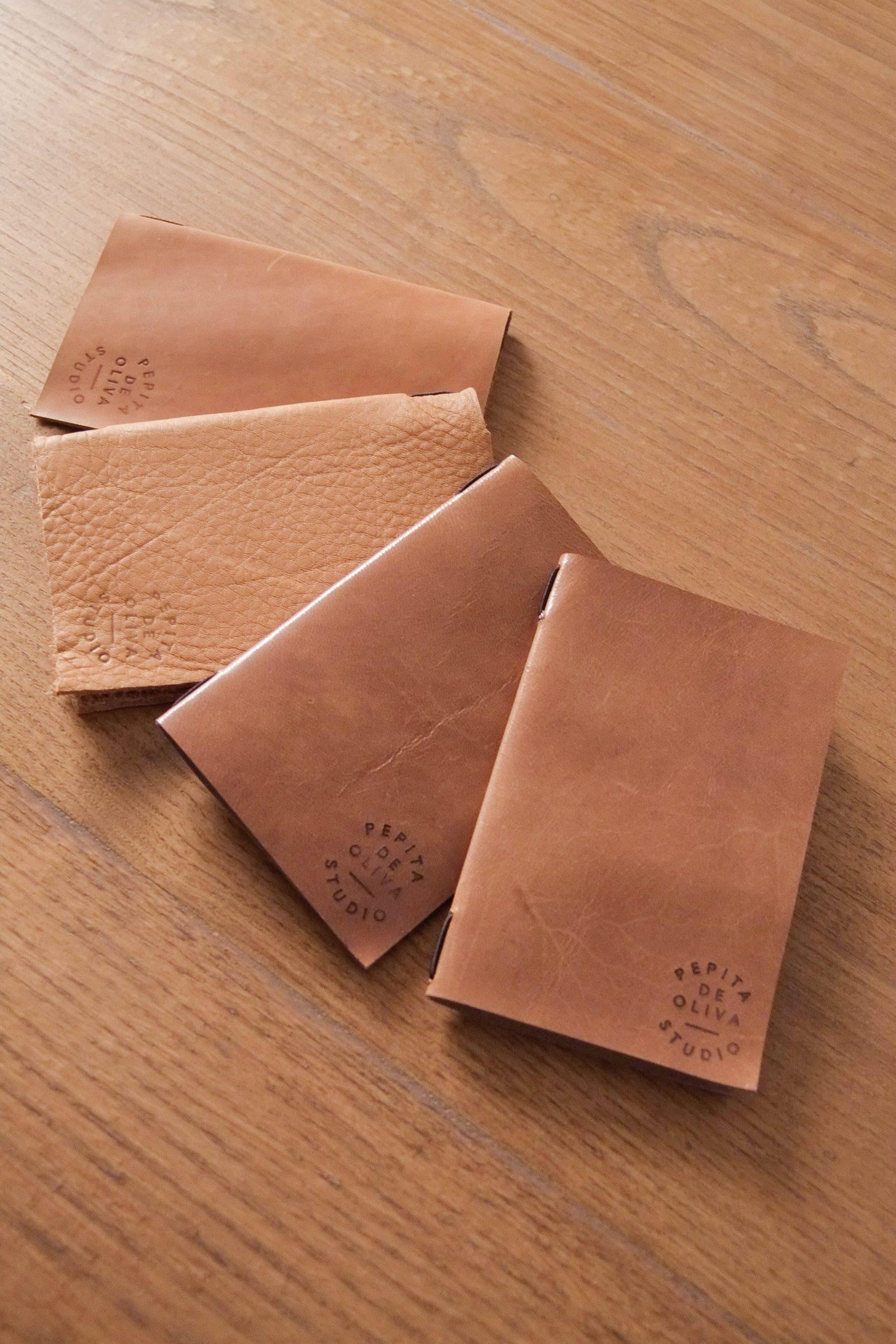 cuaderno de piel fabricado a mano pepita de oliva casa
