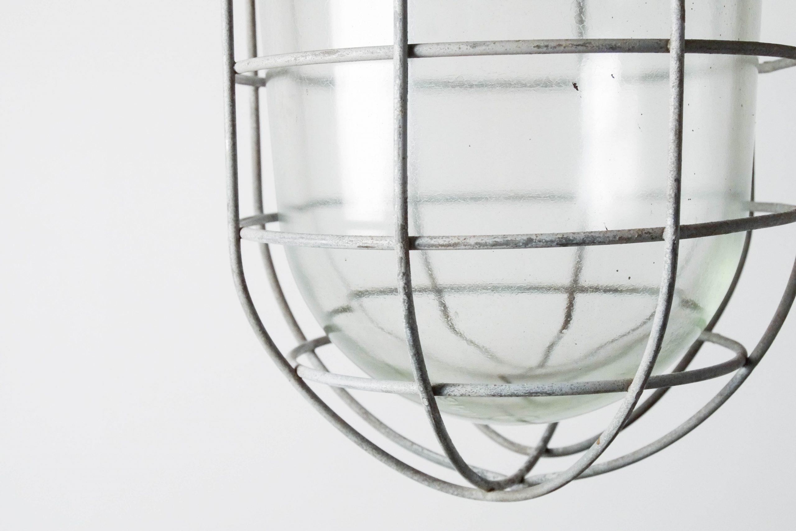 lampara industrial de techo reja de diseño metal hierro
