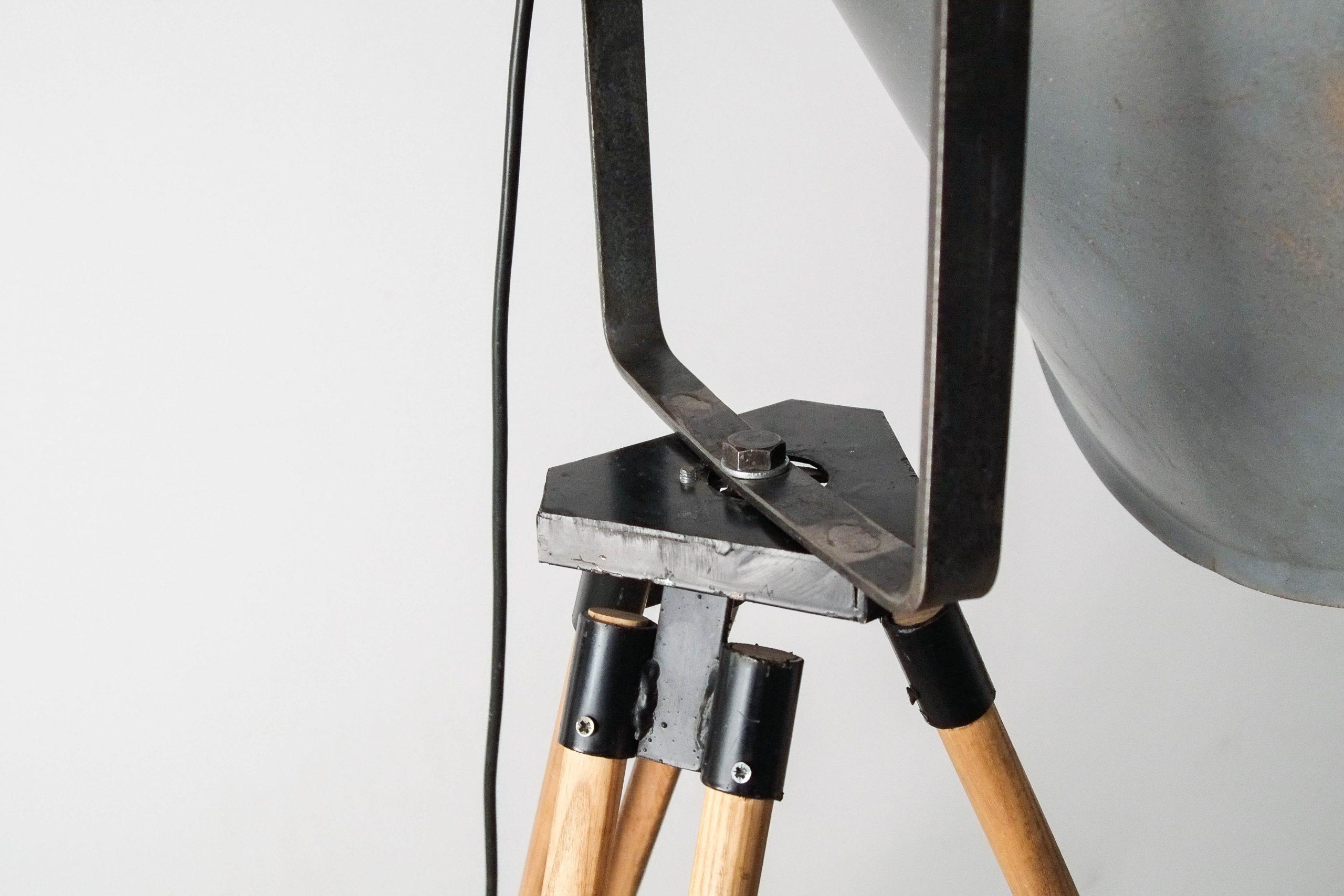 tripode ajustable lampara de pie habitacio nsalon
