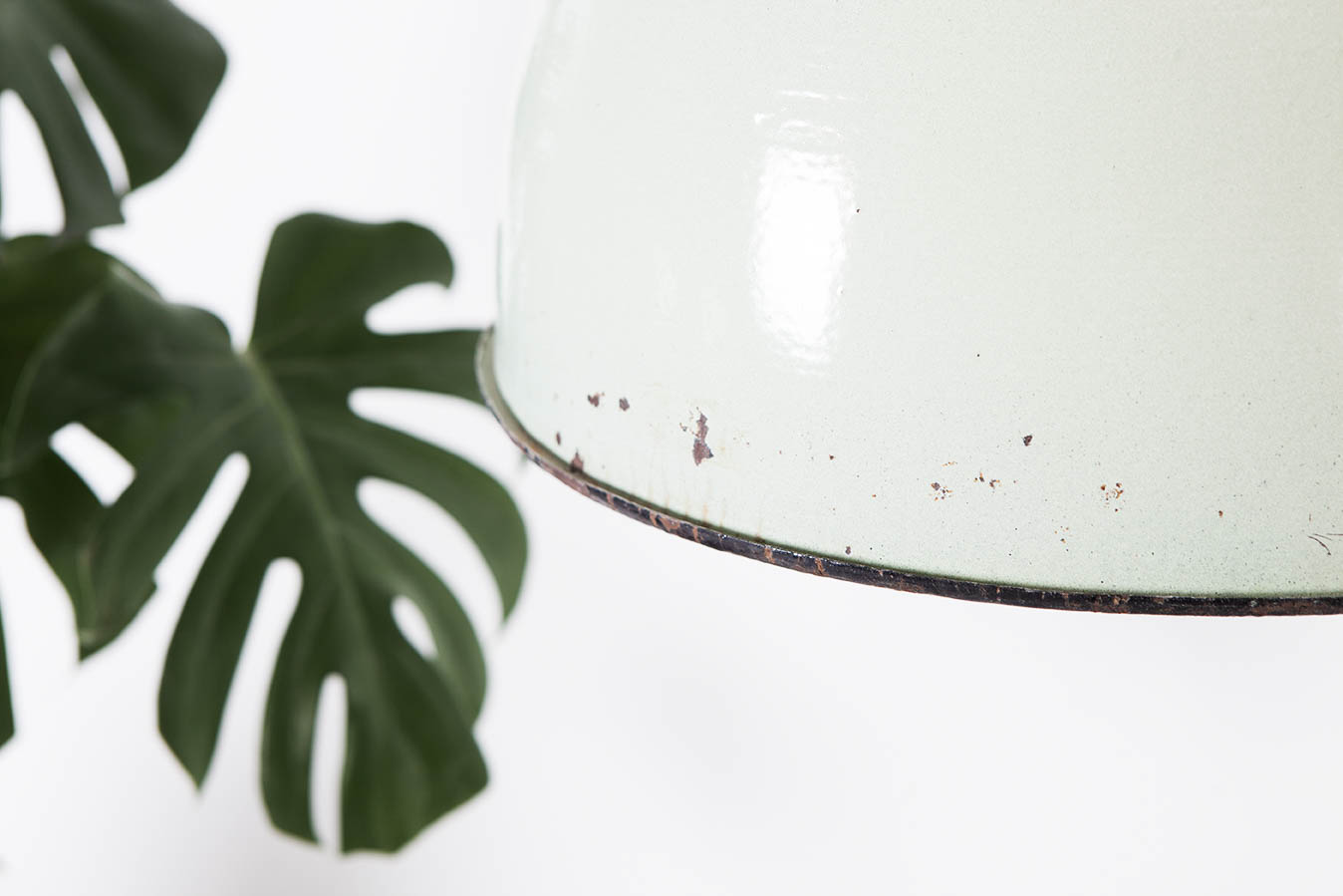 detalle lampara camapan averde industrial