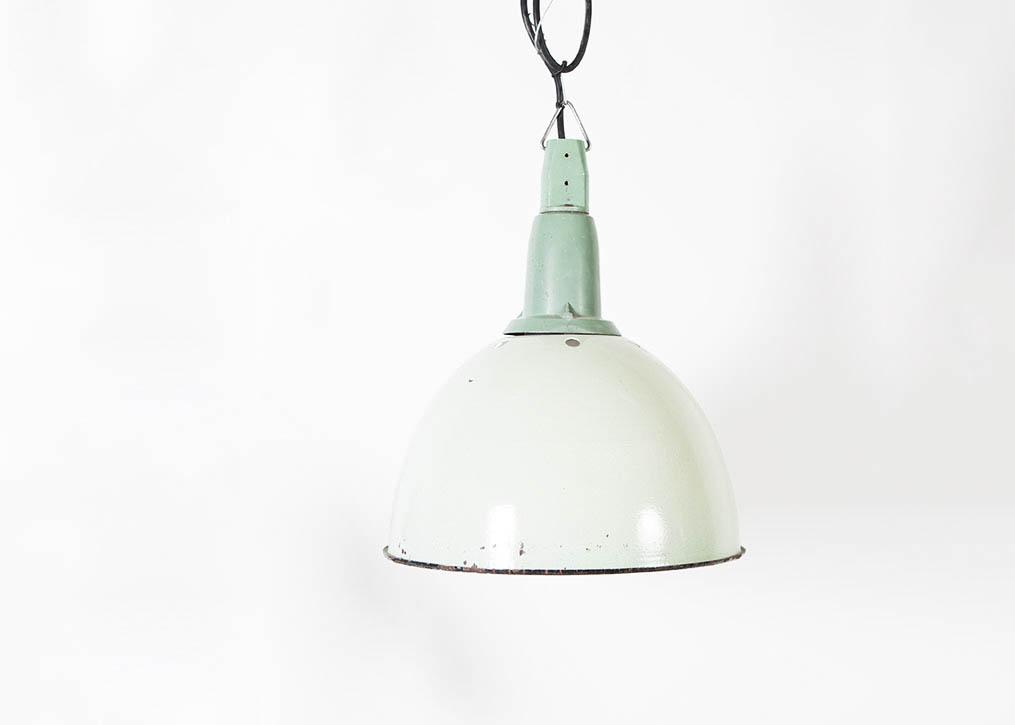 lampara de diseño blanca campana industrial