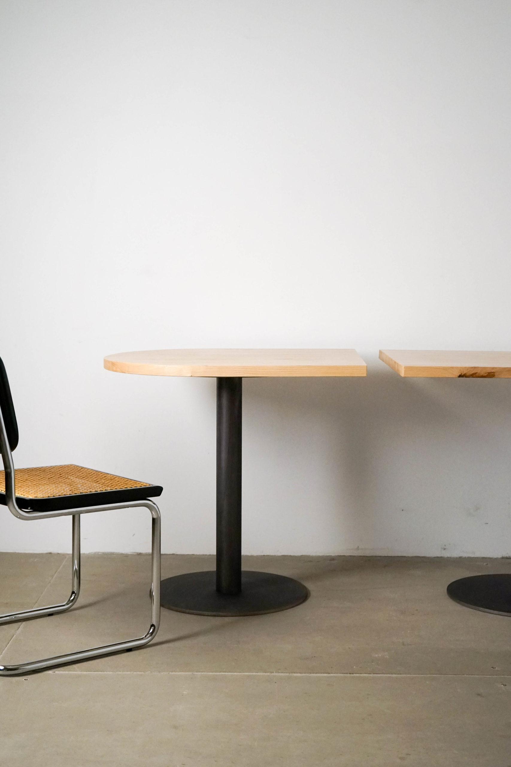 mesa castaño redonda