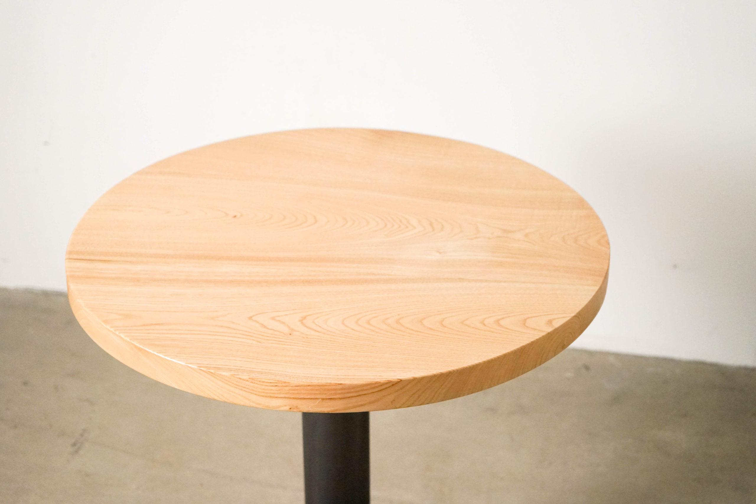 detalle veta sobre de madera de castaño