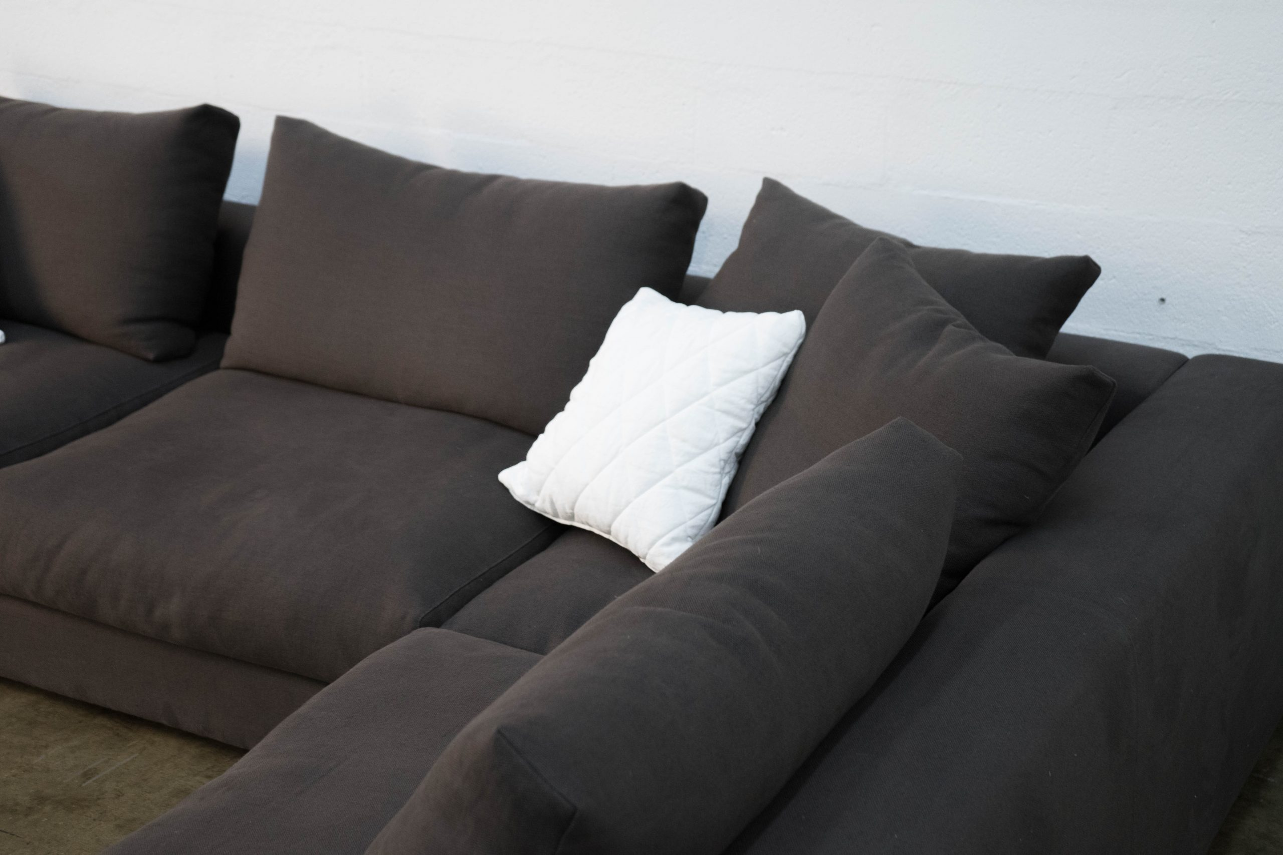 sofa grande decorativo seleccion color a medida a mano