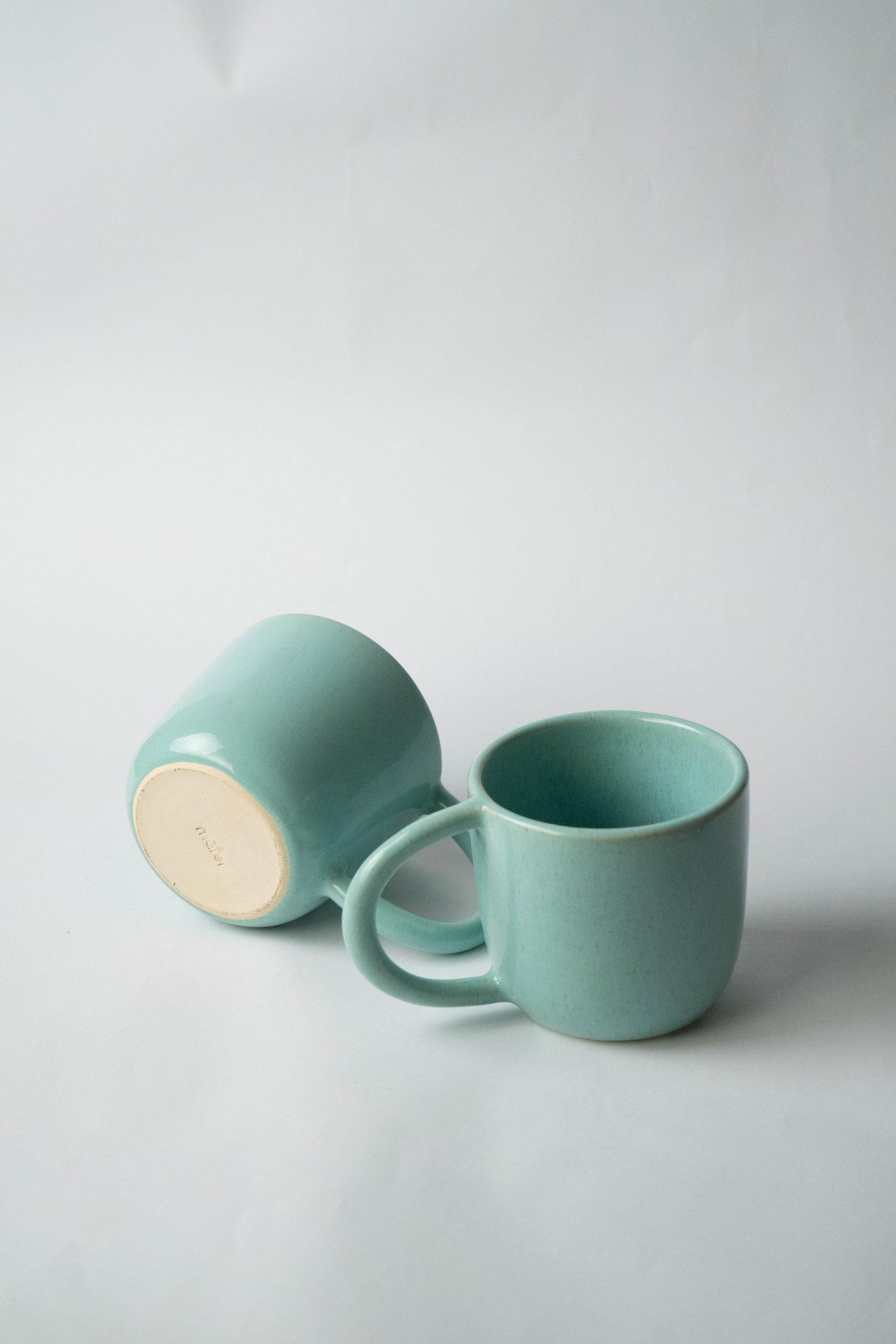 set juego de dos tazas turquesa con asa grande desayuno medianas