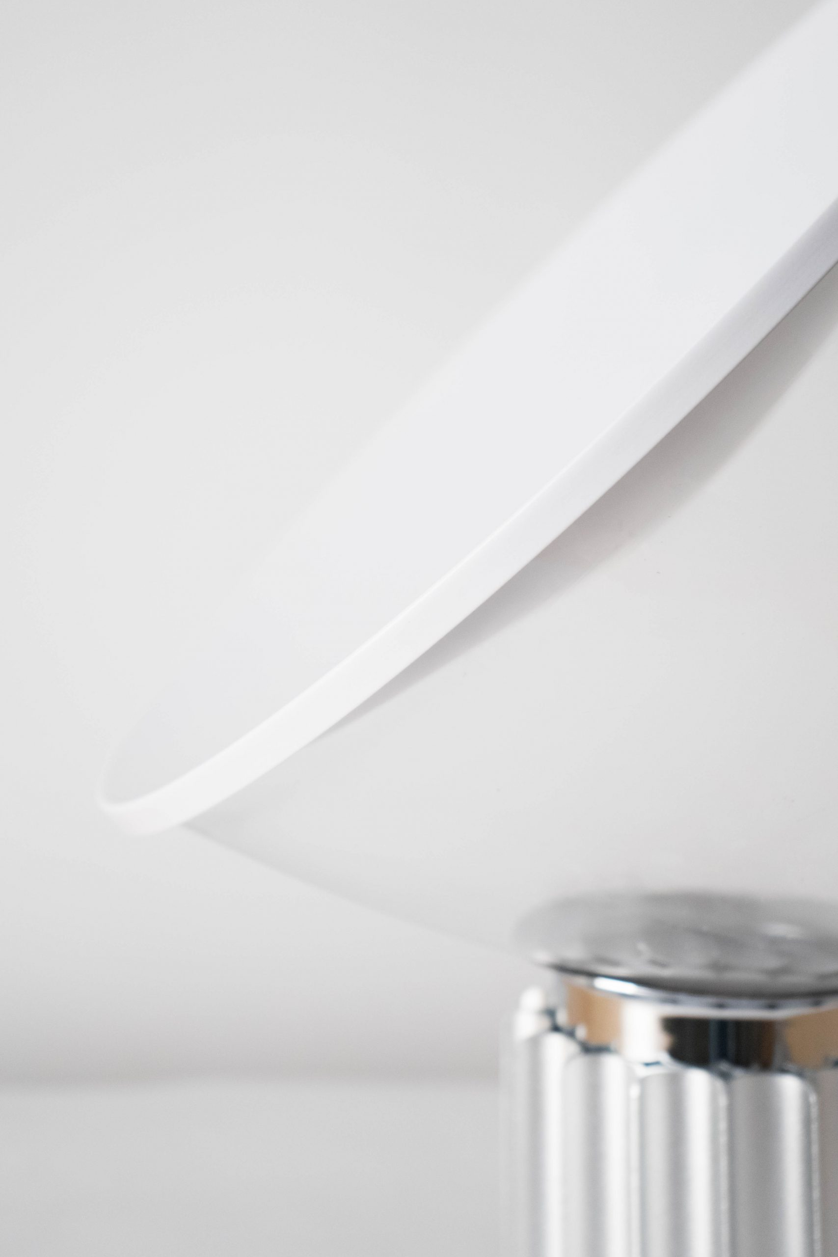 lampara elegante de diseño blanca