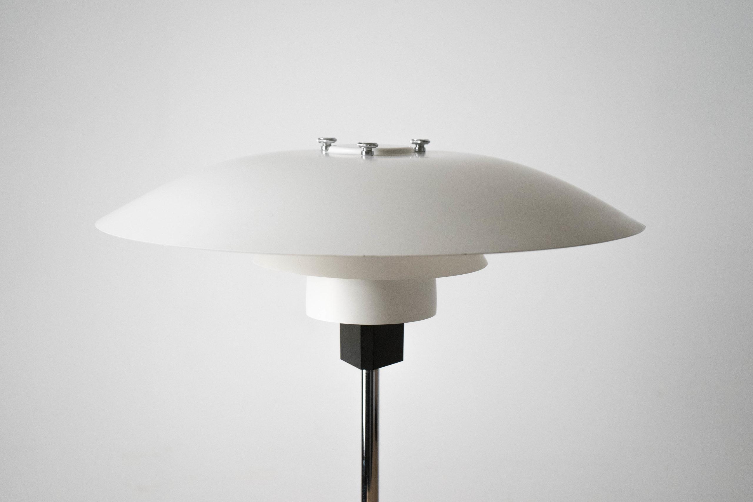 pie de lampara de diseño