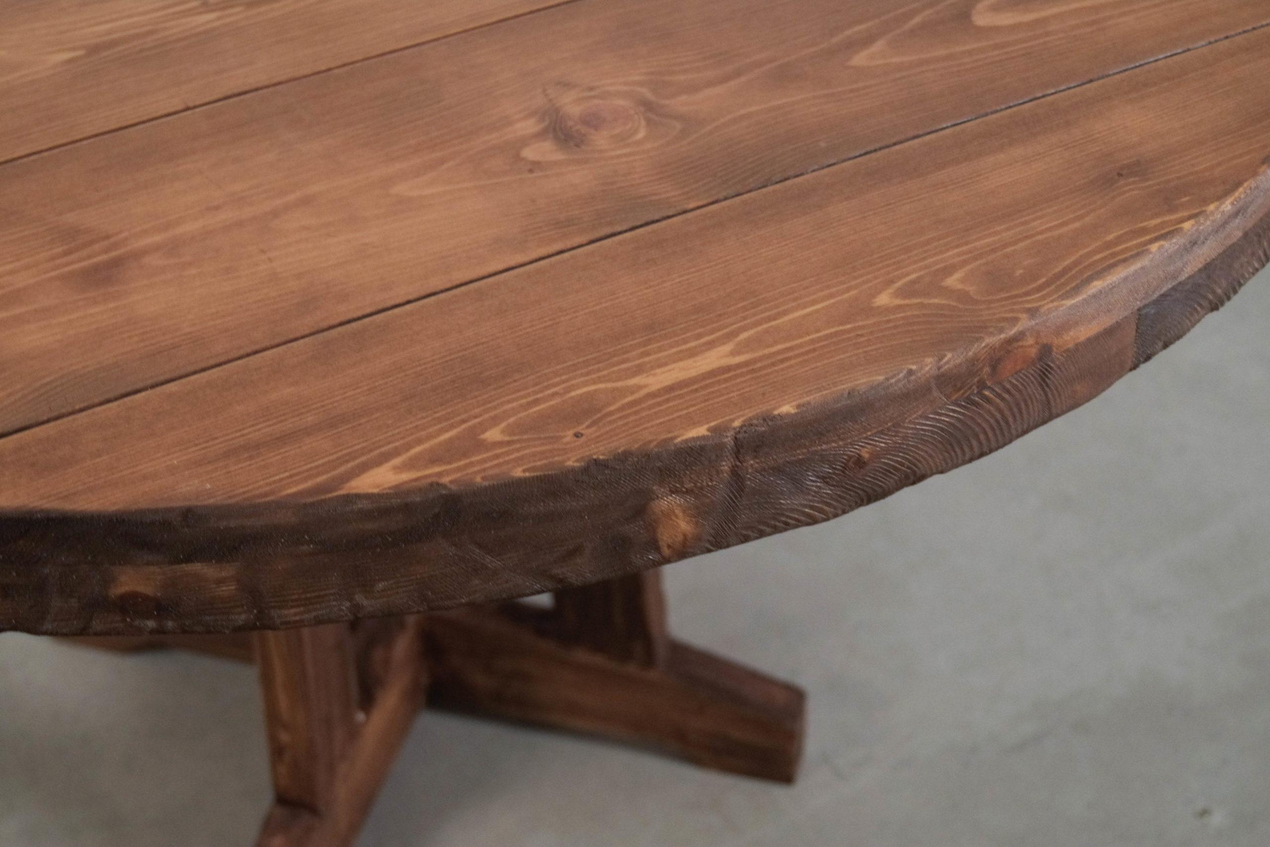 mesa de madera de diseño hecha a mano envejecida