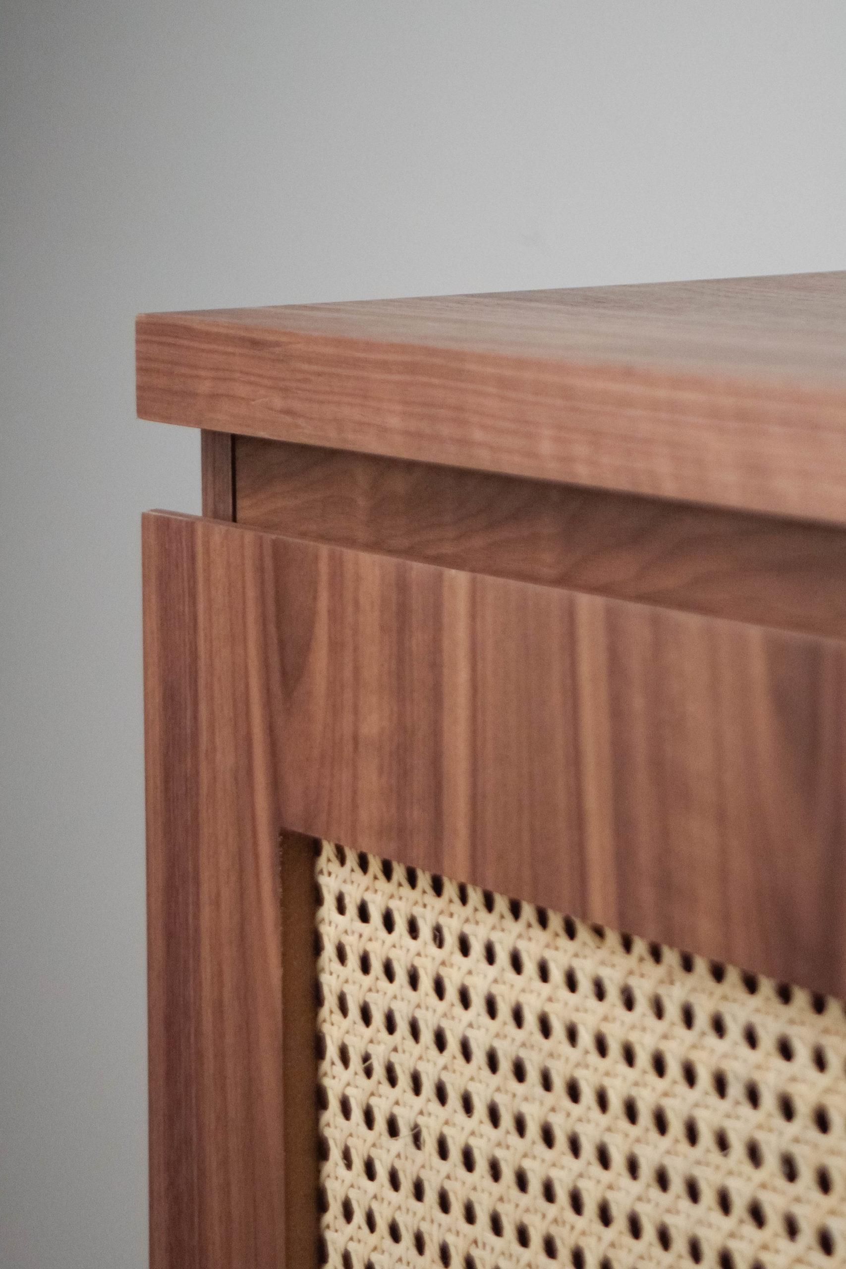 detalle de acabado de calidad carpinteria diseño nogal