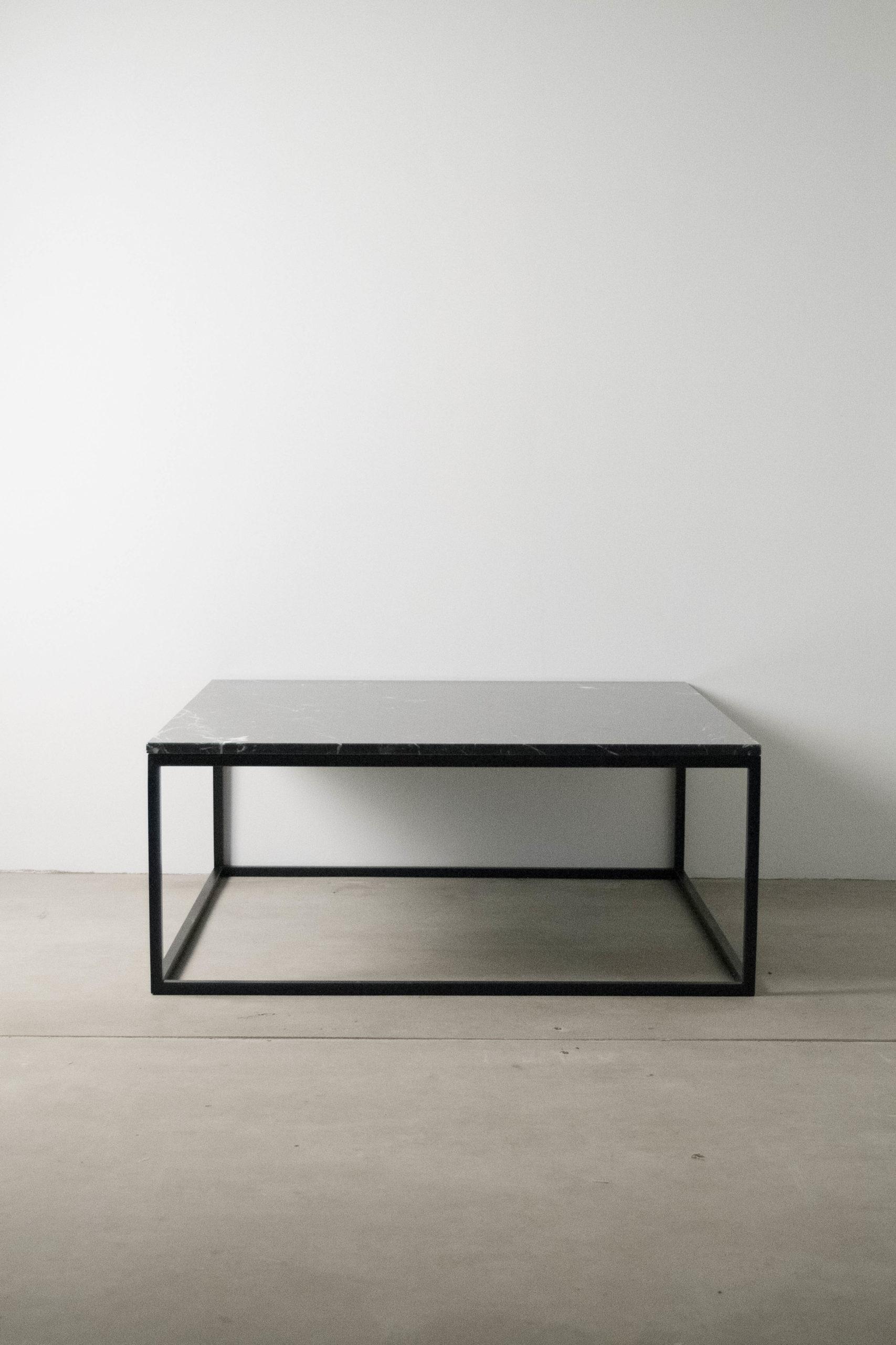 mesa completa de marmol y metal hecha a mano diseño calidad