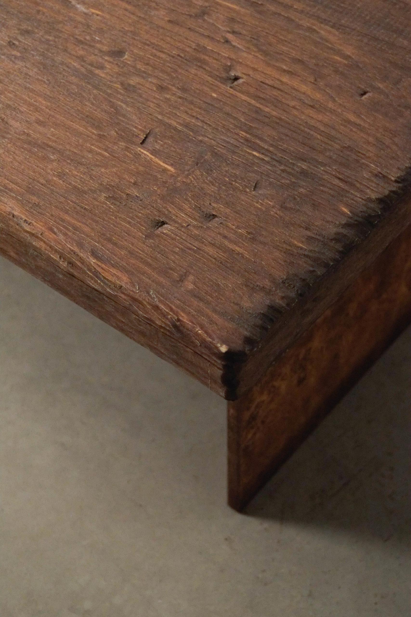 detalle de calidad mesa de diselño hecha a mano envejecido madera
