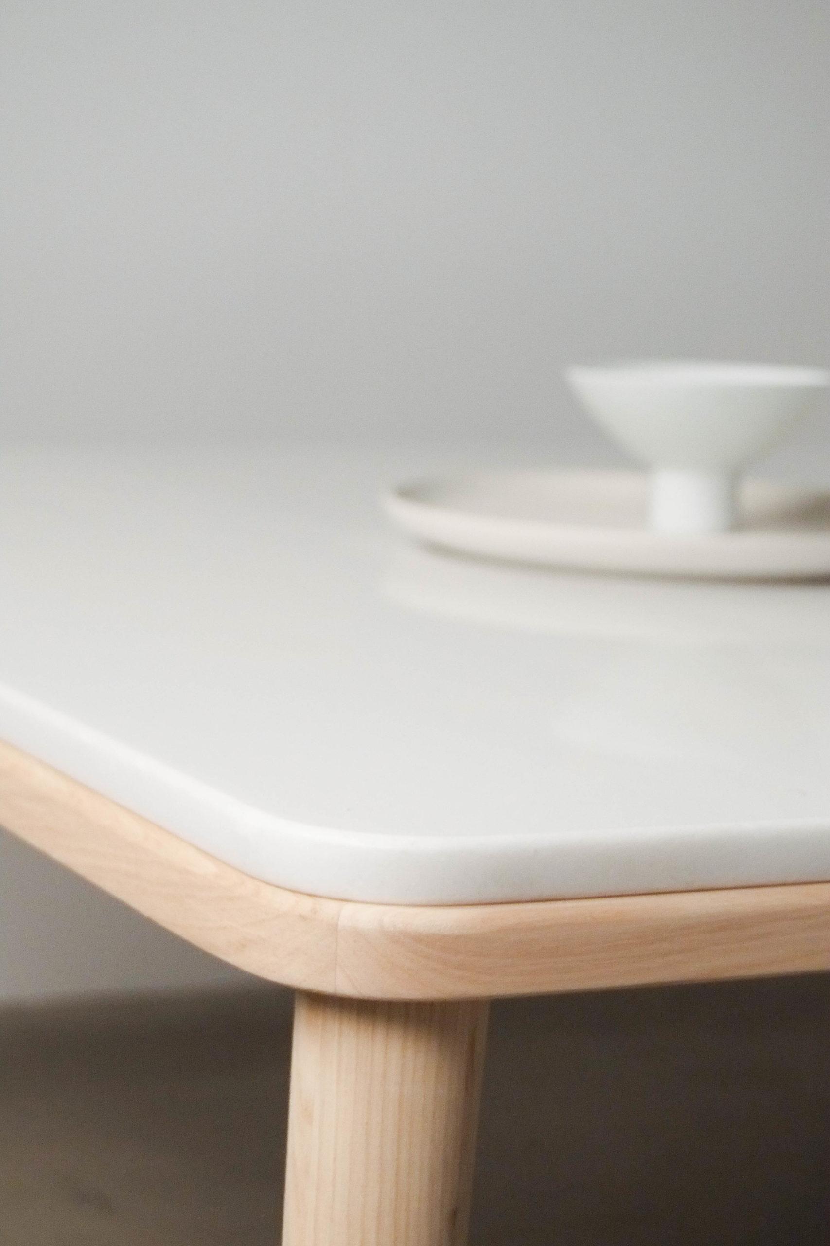 mesa hecha a mano marmol madera castaño