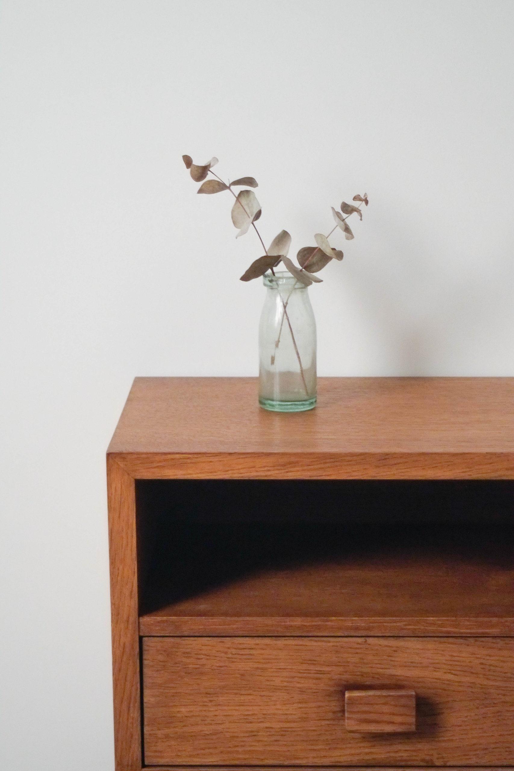 mesa de diseño calidad pepita de madera maciza
