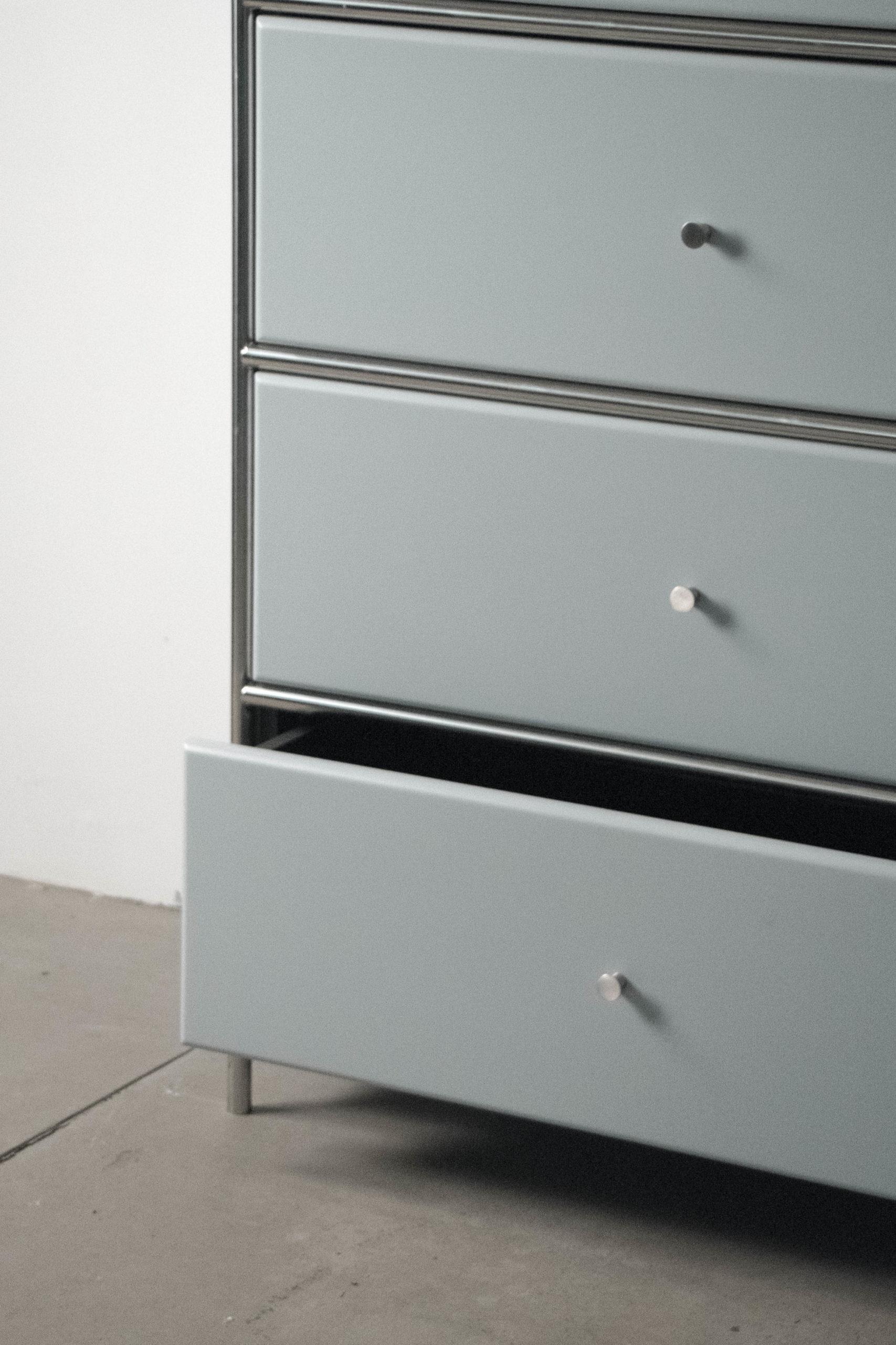 mueble gris usm hecho a mano calidad pintura color