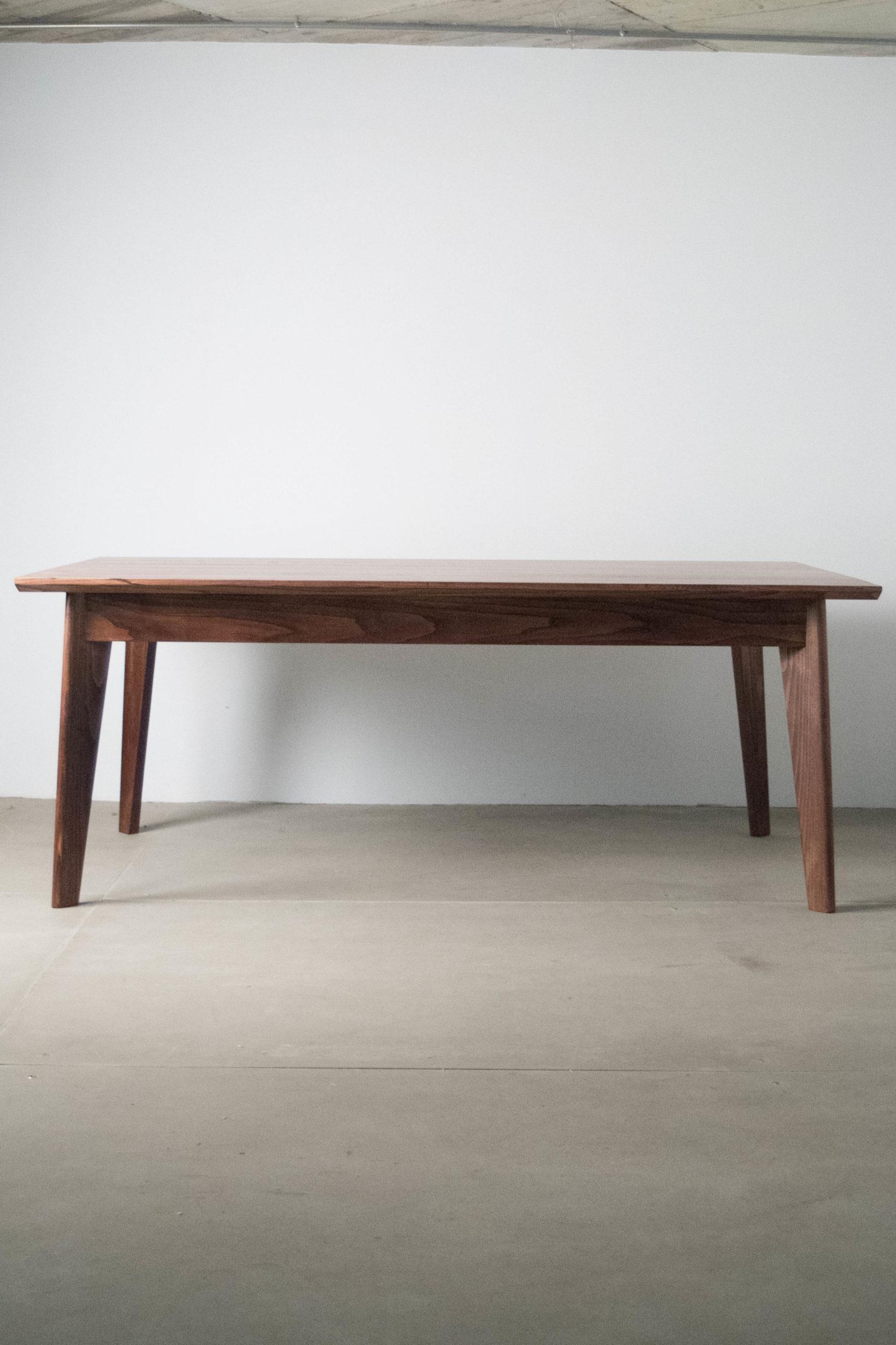 mesa grande de comedor hecha a mano