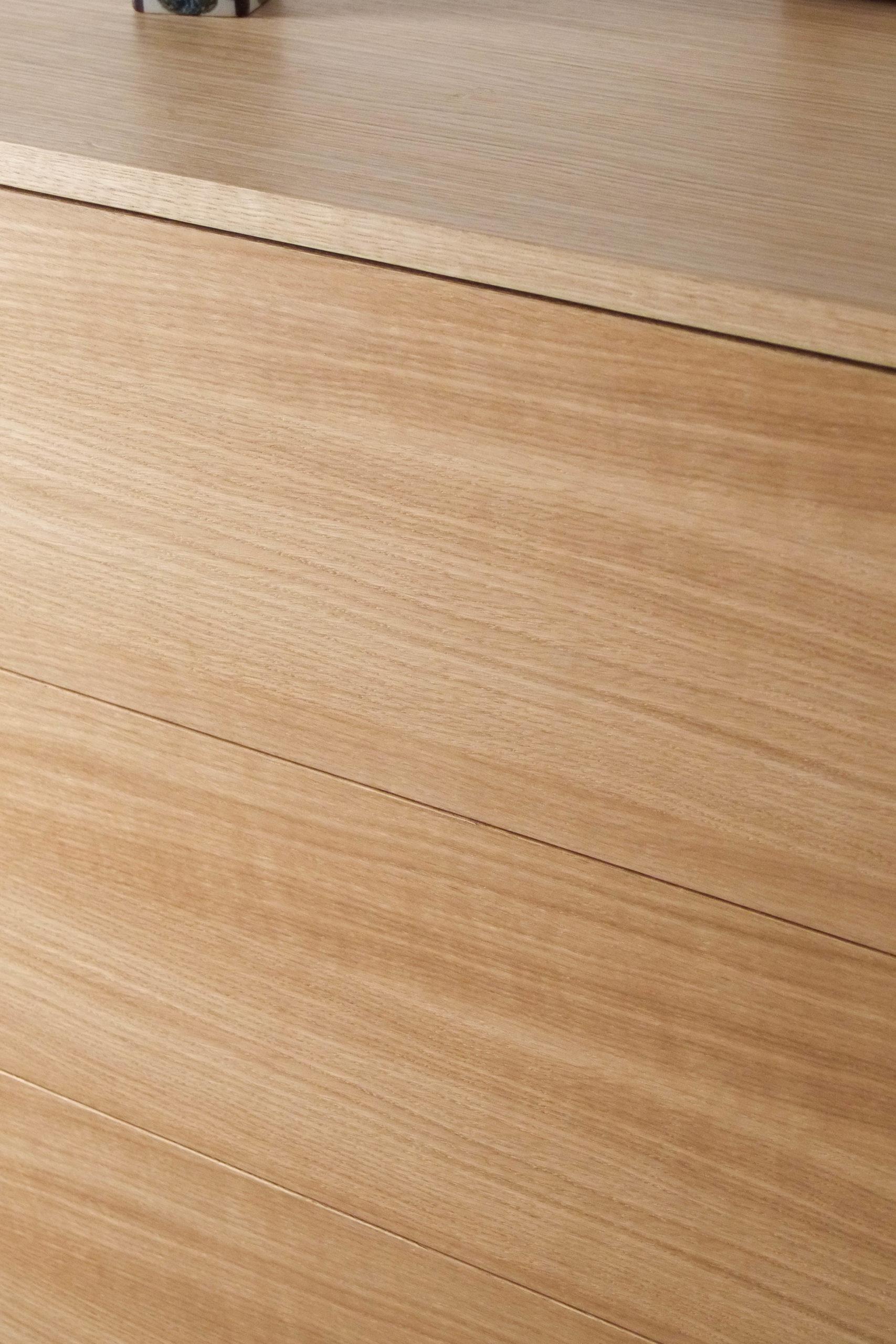 cajonera detalles de madera maciza cajon