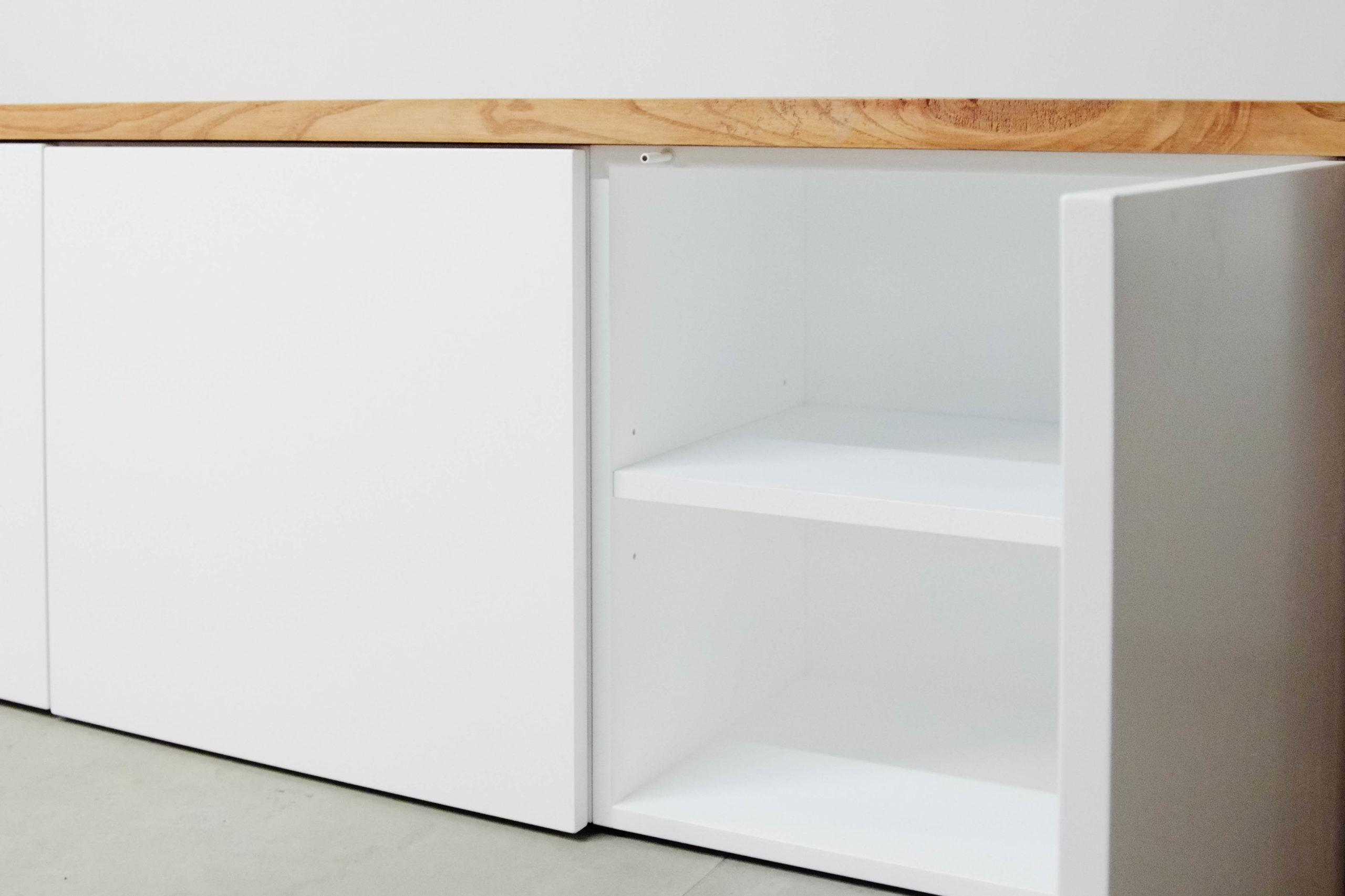 puertas mueble de television blanco hecho a mano