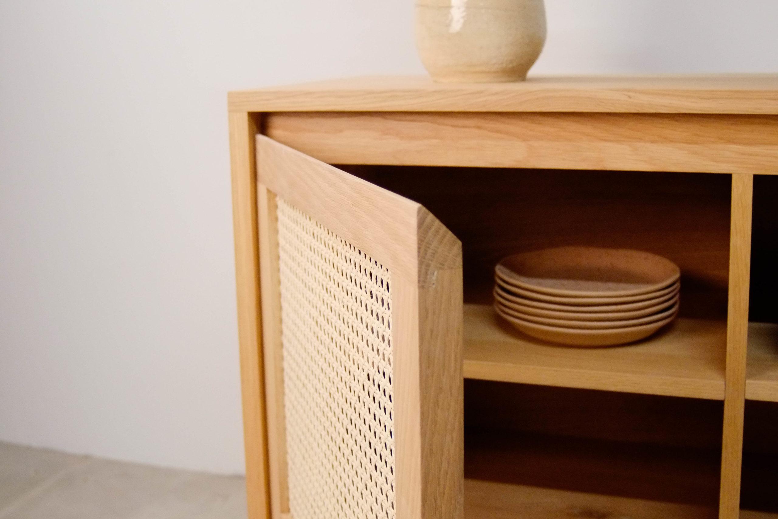 mueble de diseño hecho a mano madera maciza