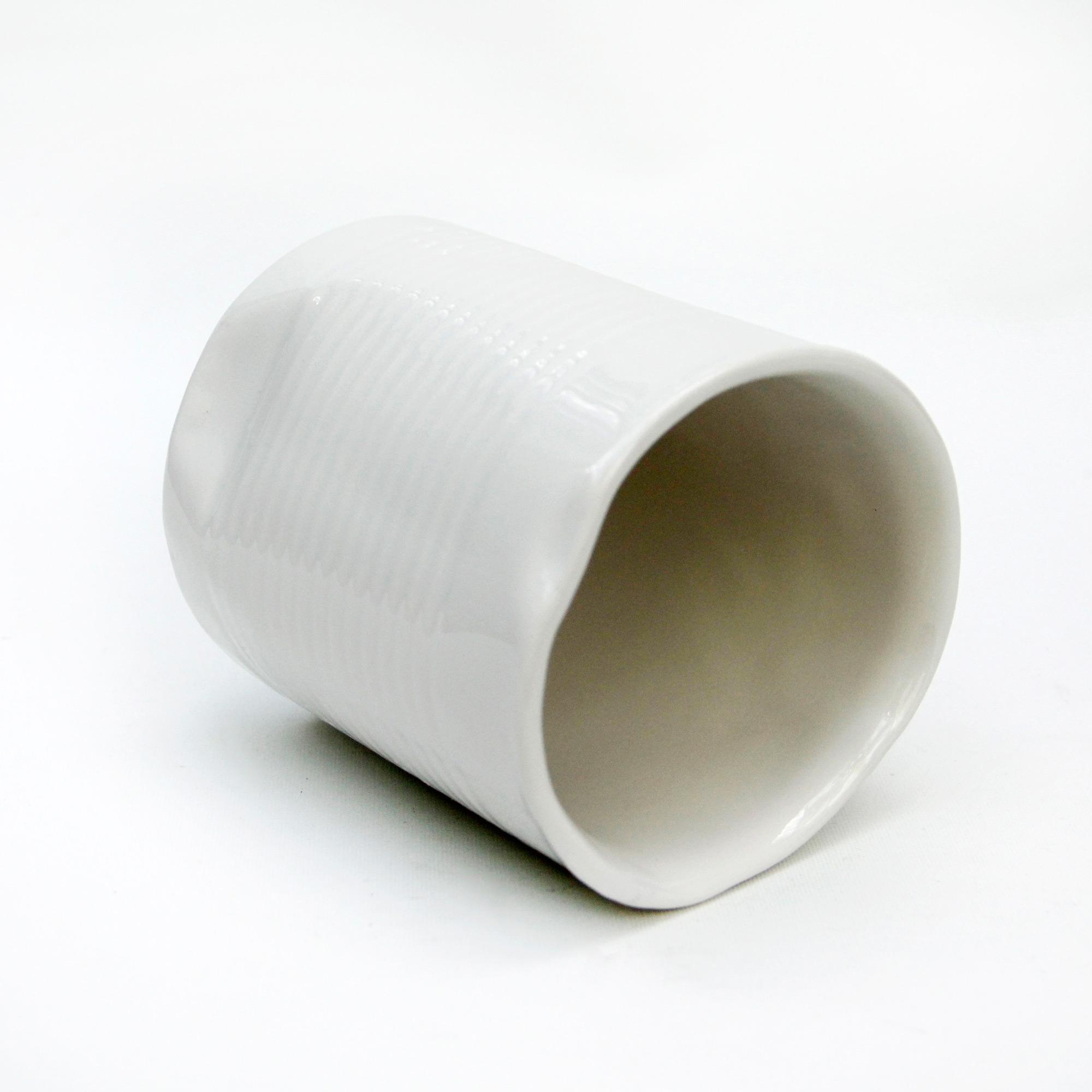 lata vaso ceramico diseño hecha a mano diseño blanco