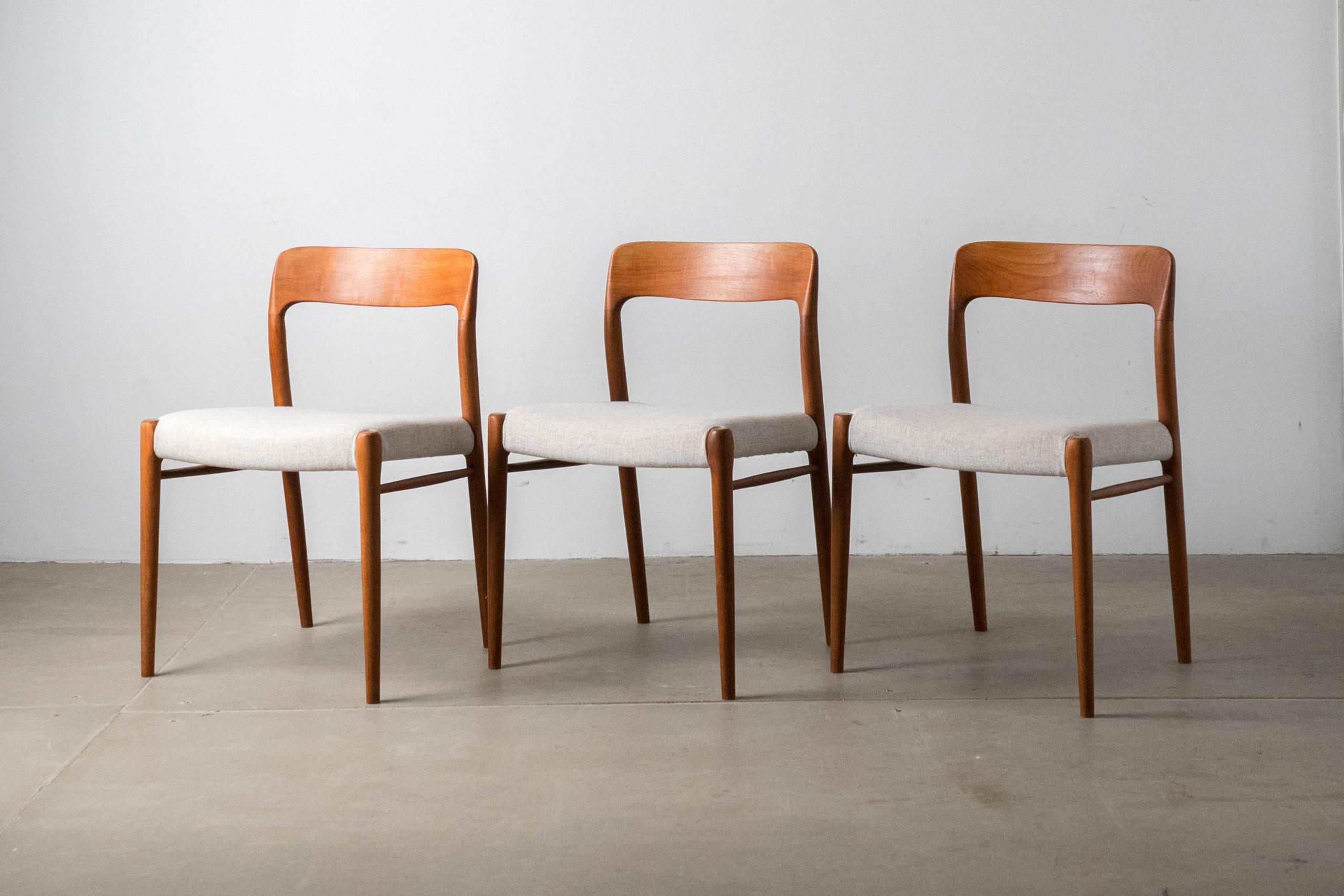 silla moller de teca 75