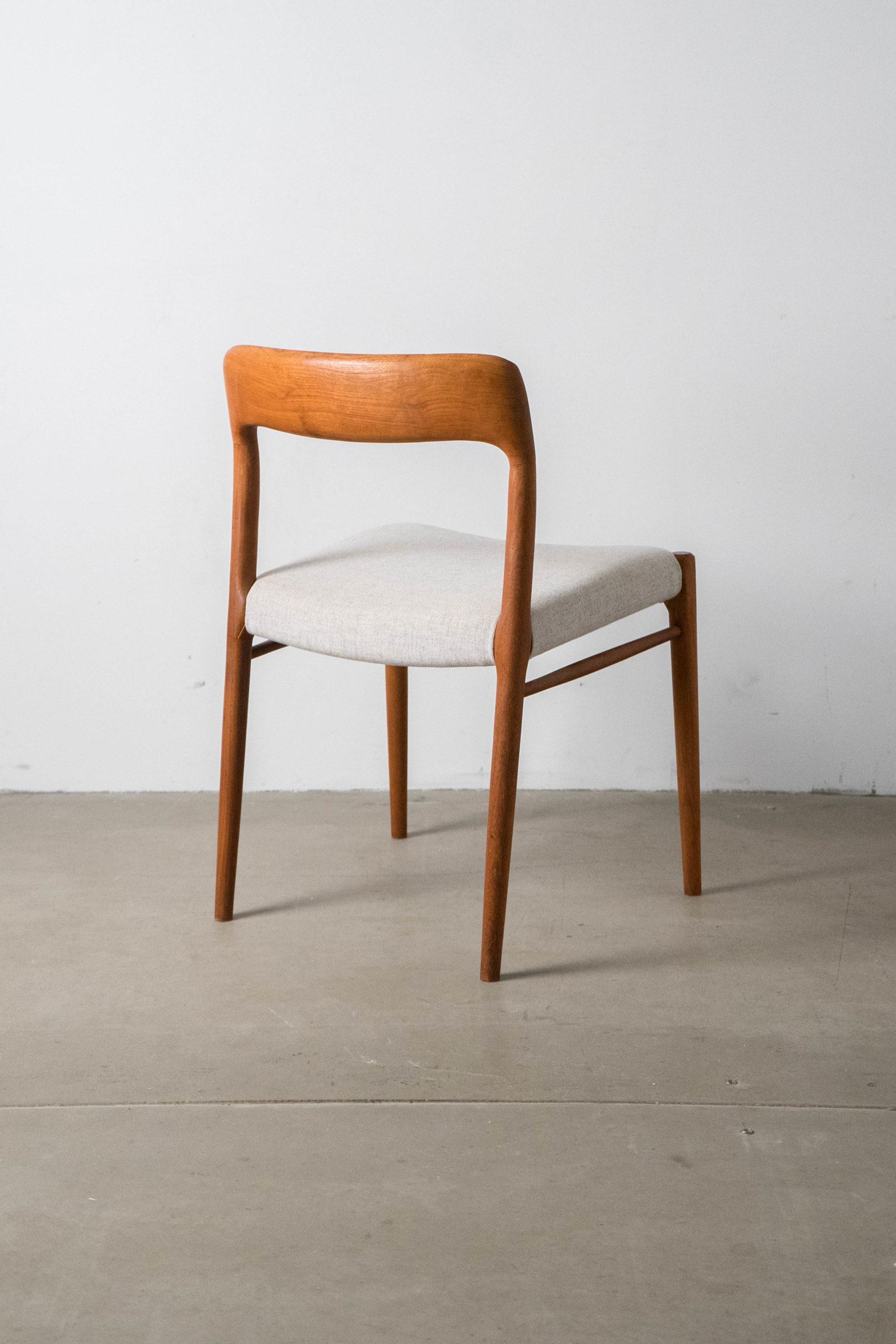 silla moller modelo 75 tapizada