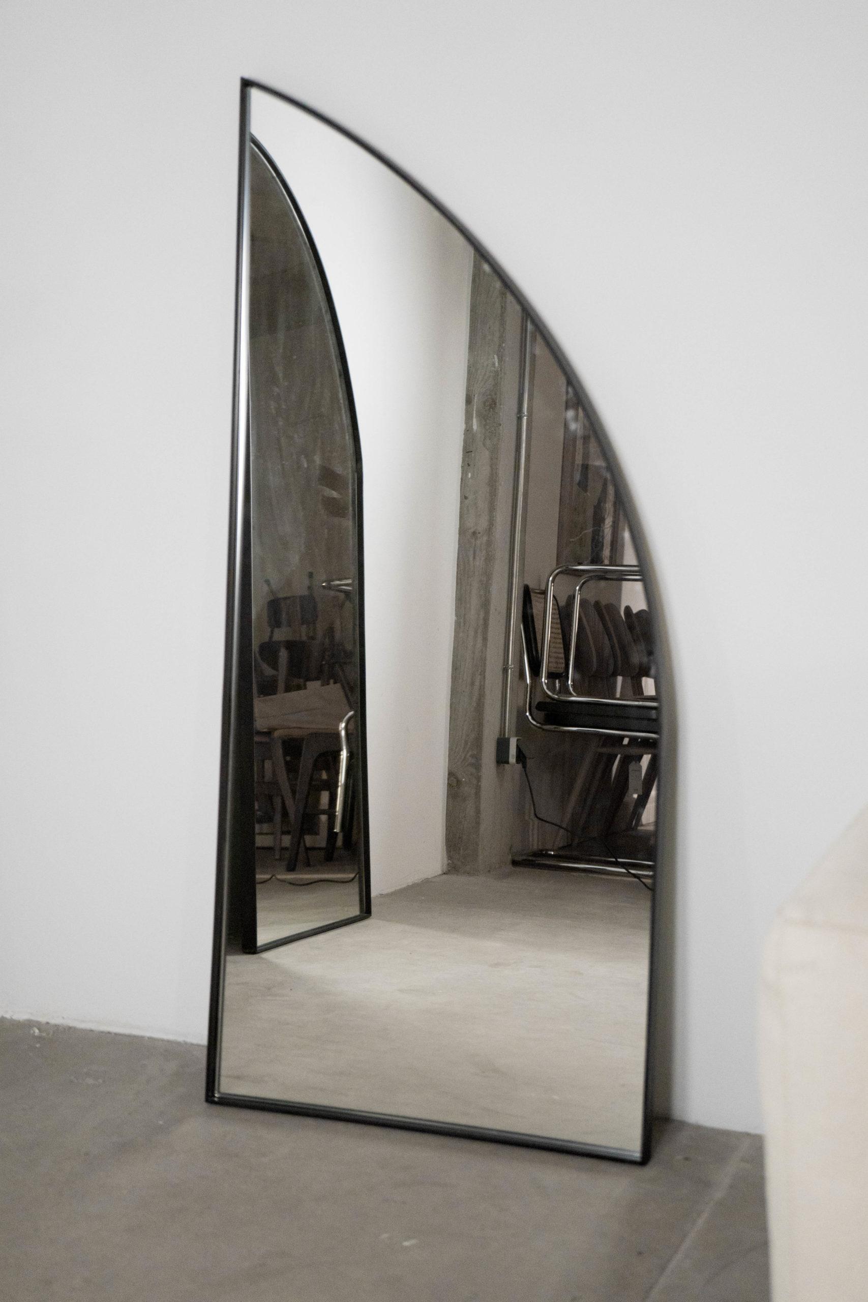 espejo elegante de diseño hecho a mano