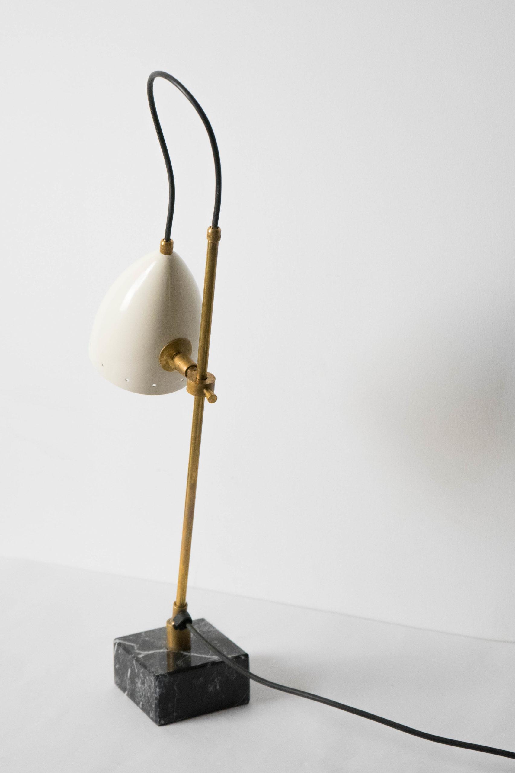 lampara italiana de mesa laton