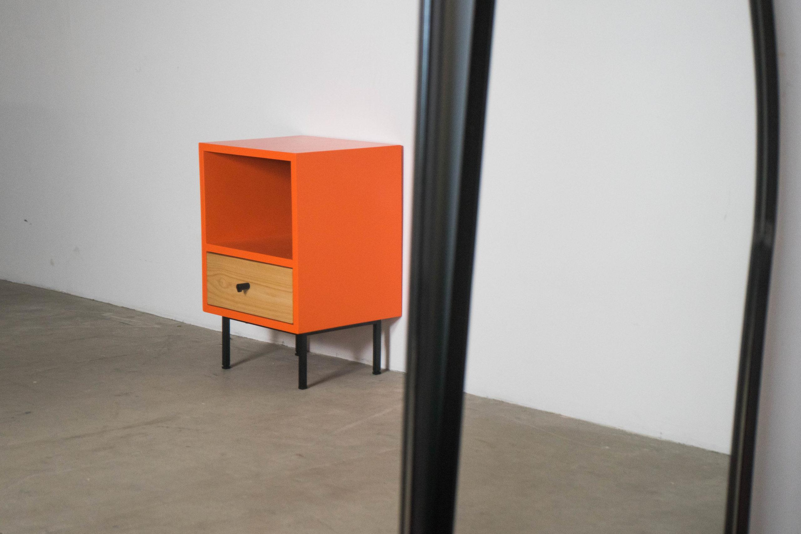 mesilla naranja madera